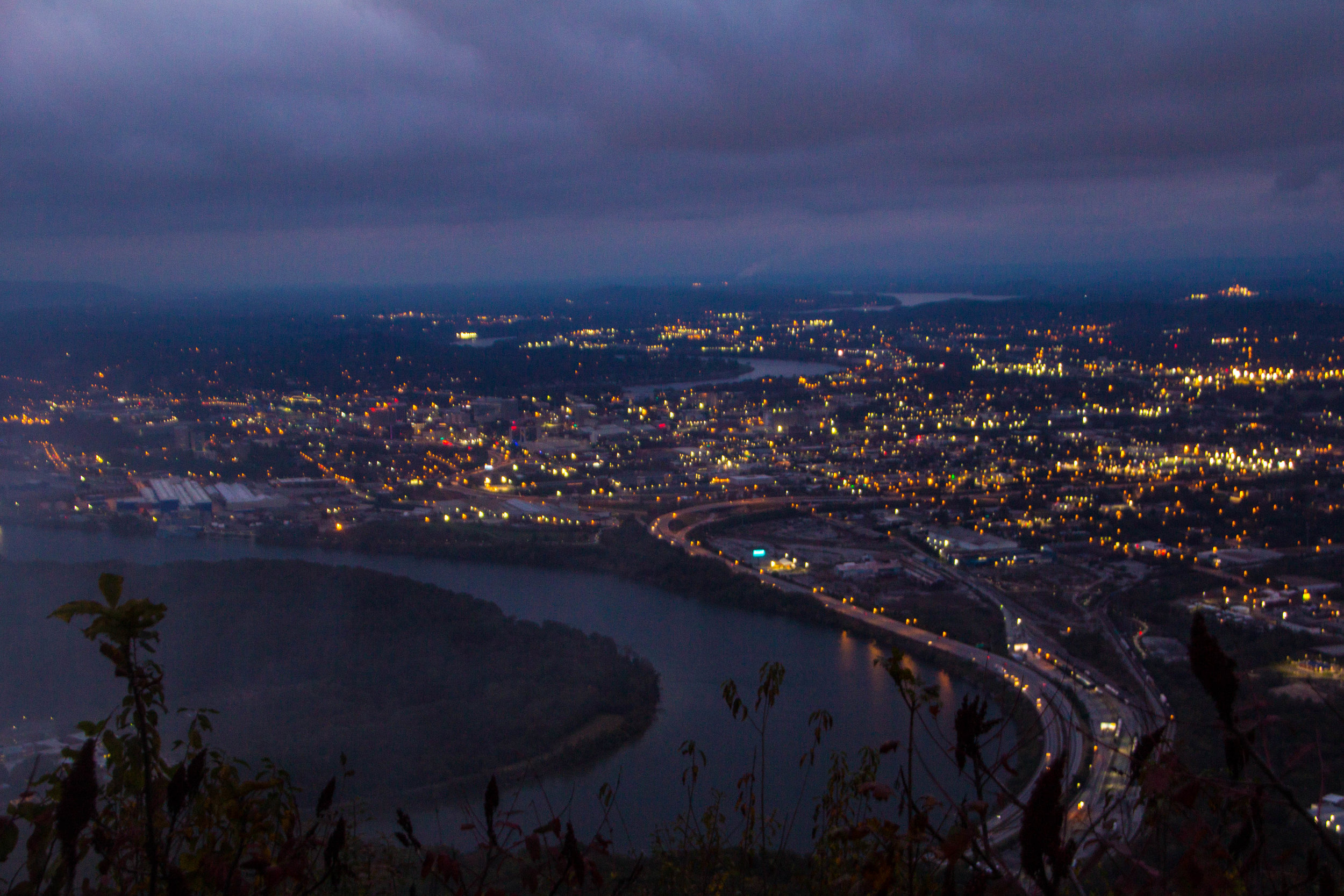 point-park-lookout-mountain-chattanooga-at-night-4.jpg