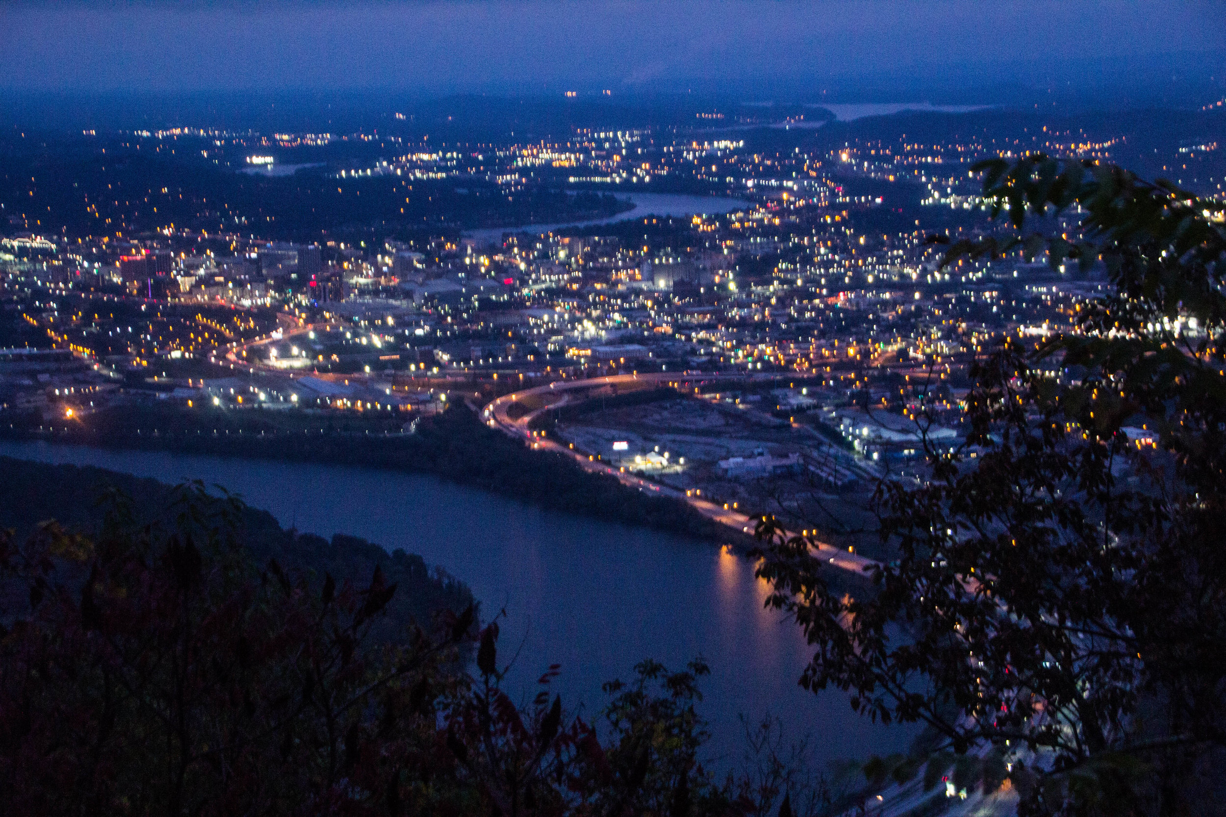 point-park-lookout-mountain-chattanooga-at-night-14.jpg