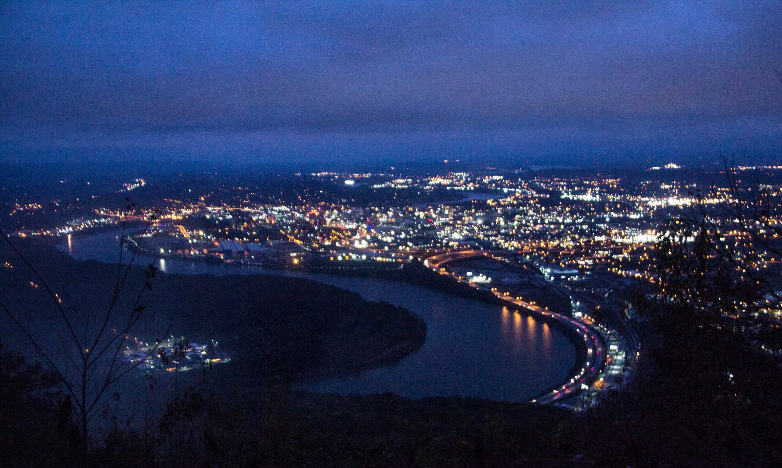 point-park-lookout-mountain-chattanooga-at-night-17.jpg