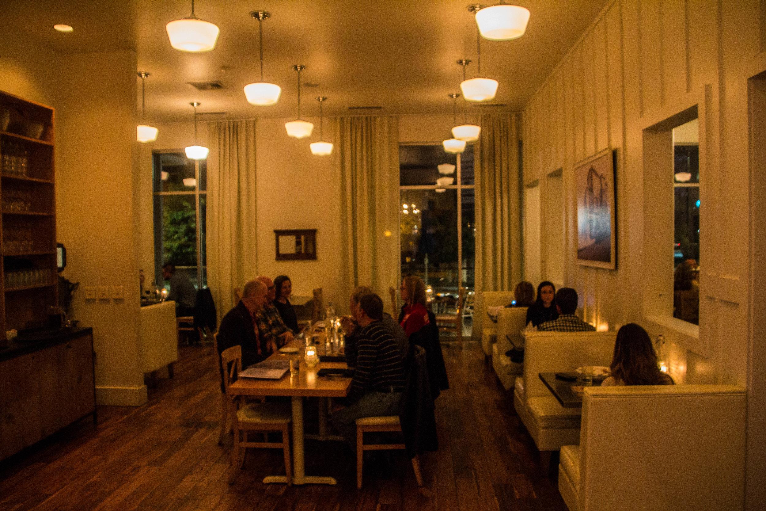 the-social-public-house-chattanooga-restaurants-5.jpg