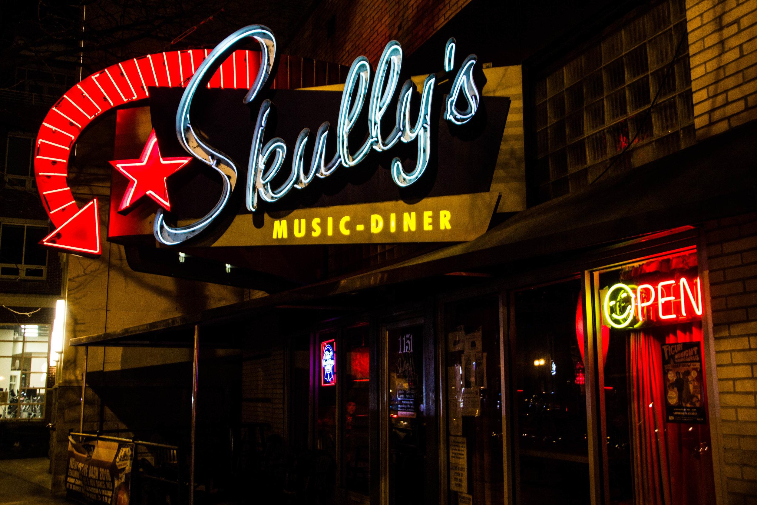 skully's-music-diner-columbus-nightlife-3.jpg