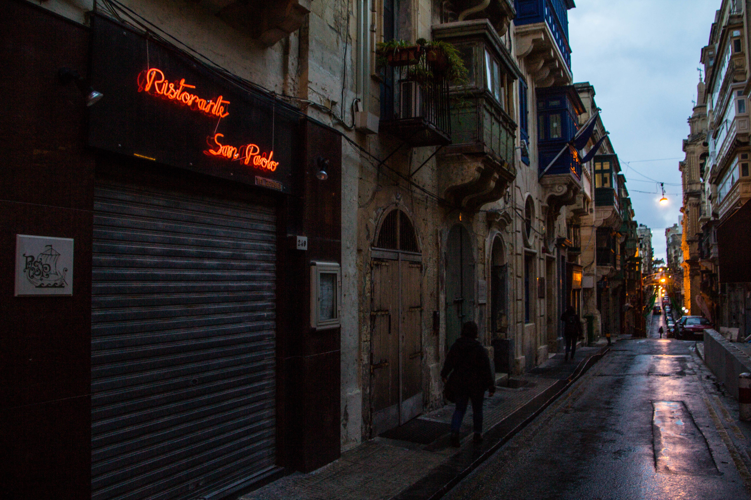 valletta-malta-clouds-rain-streets-photography-60.jpg