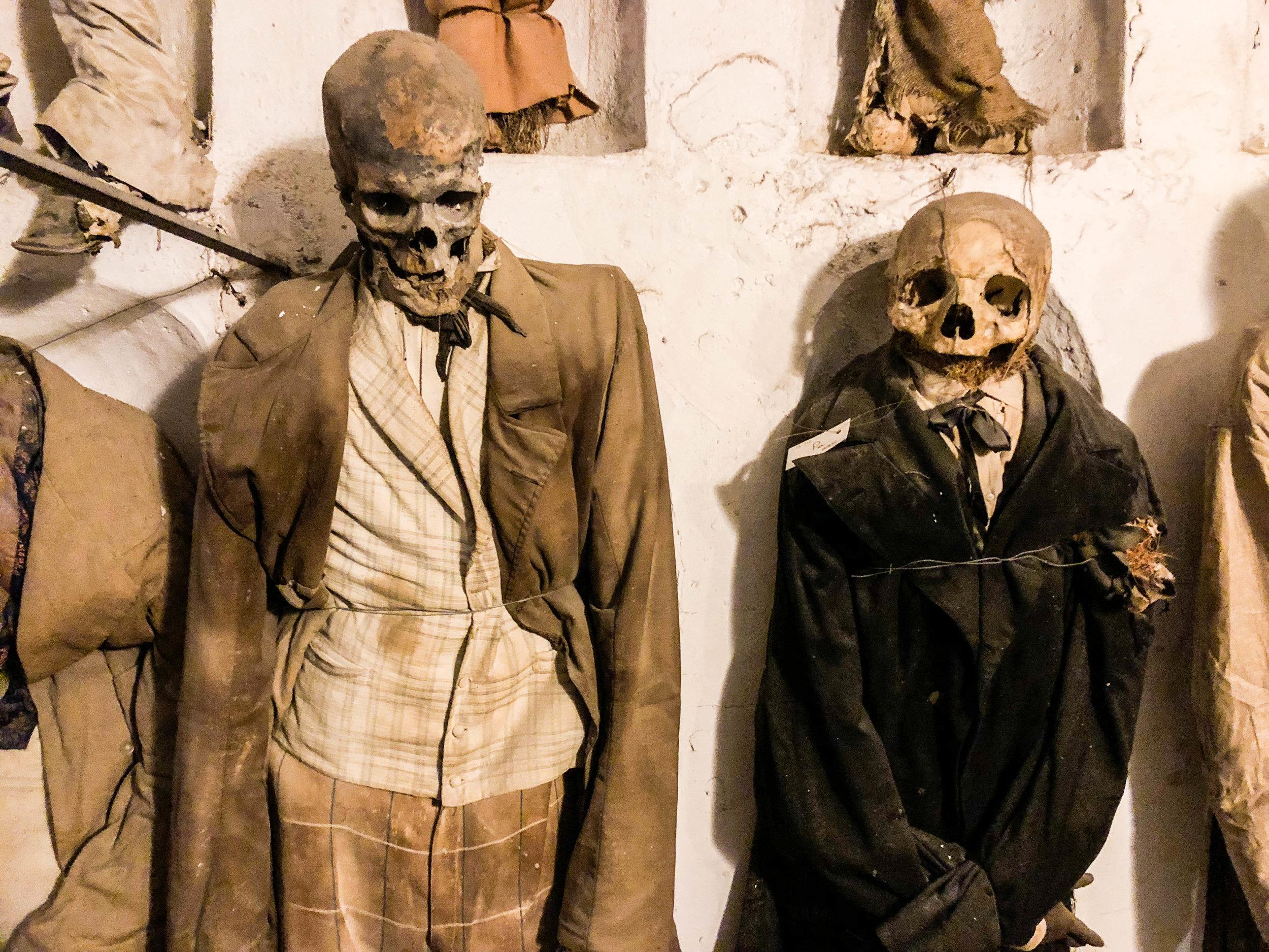 capuchin-catacombs-bodies-palermo-11.jpg