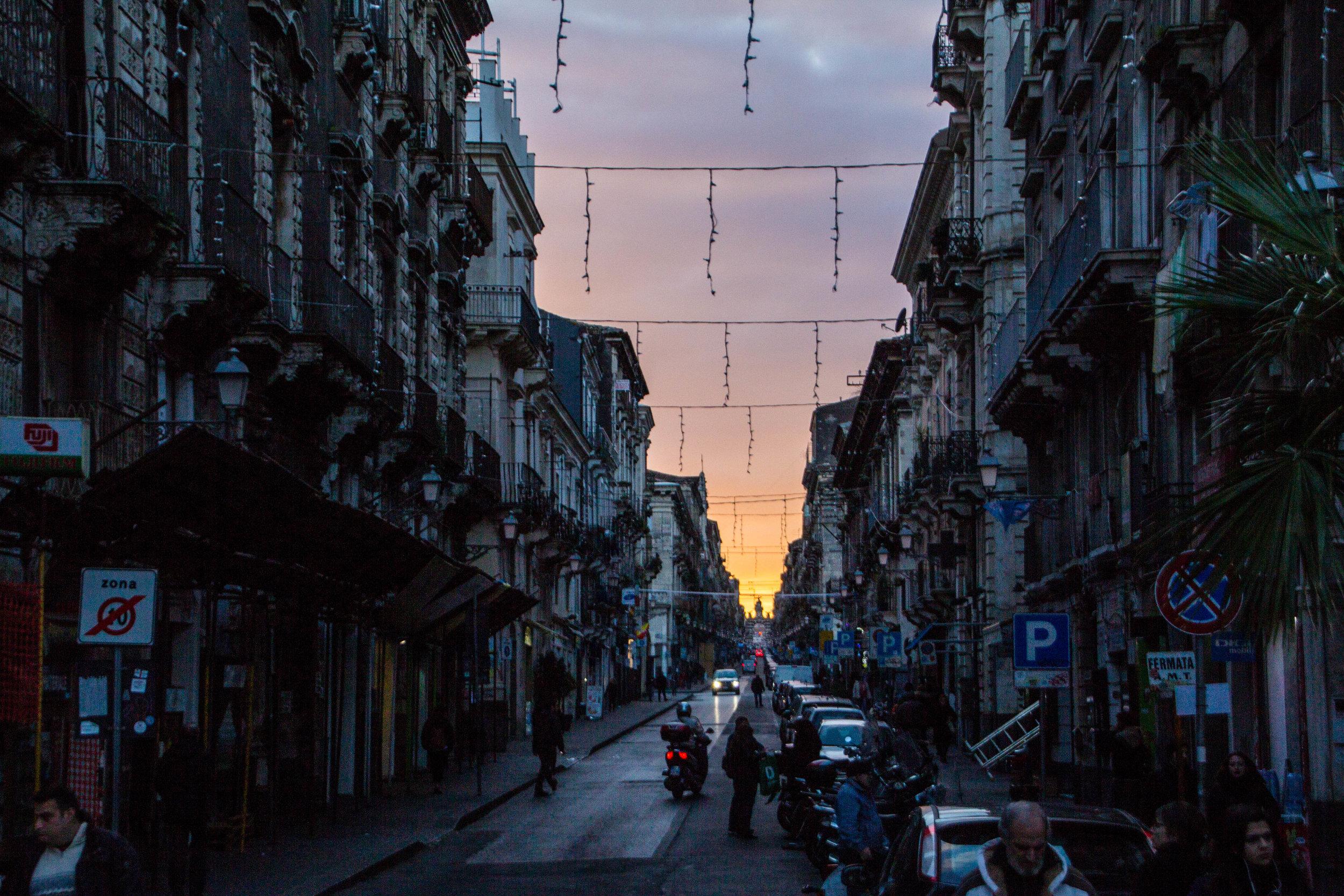 streets-catania-sicily-sicilia-29.jpg