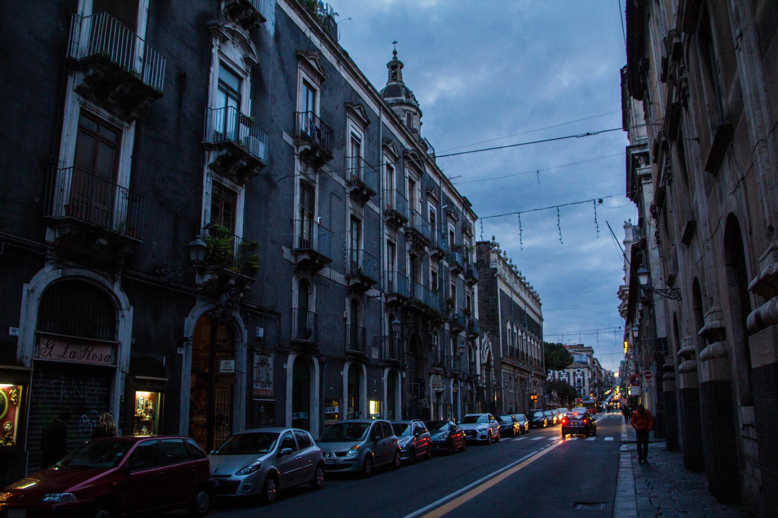 streets-catania-sicily-sicilia-42.jpg