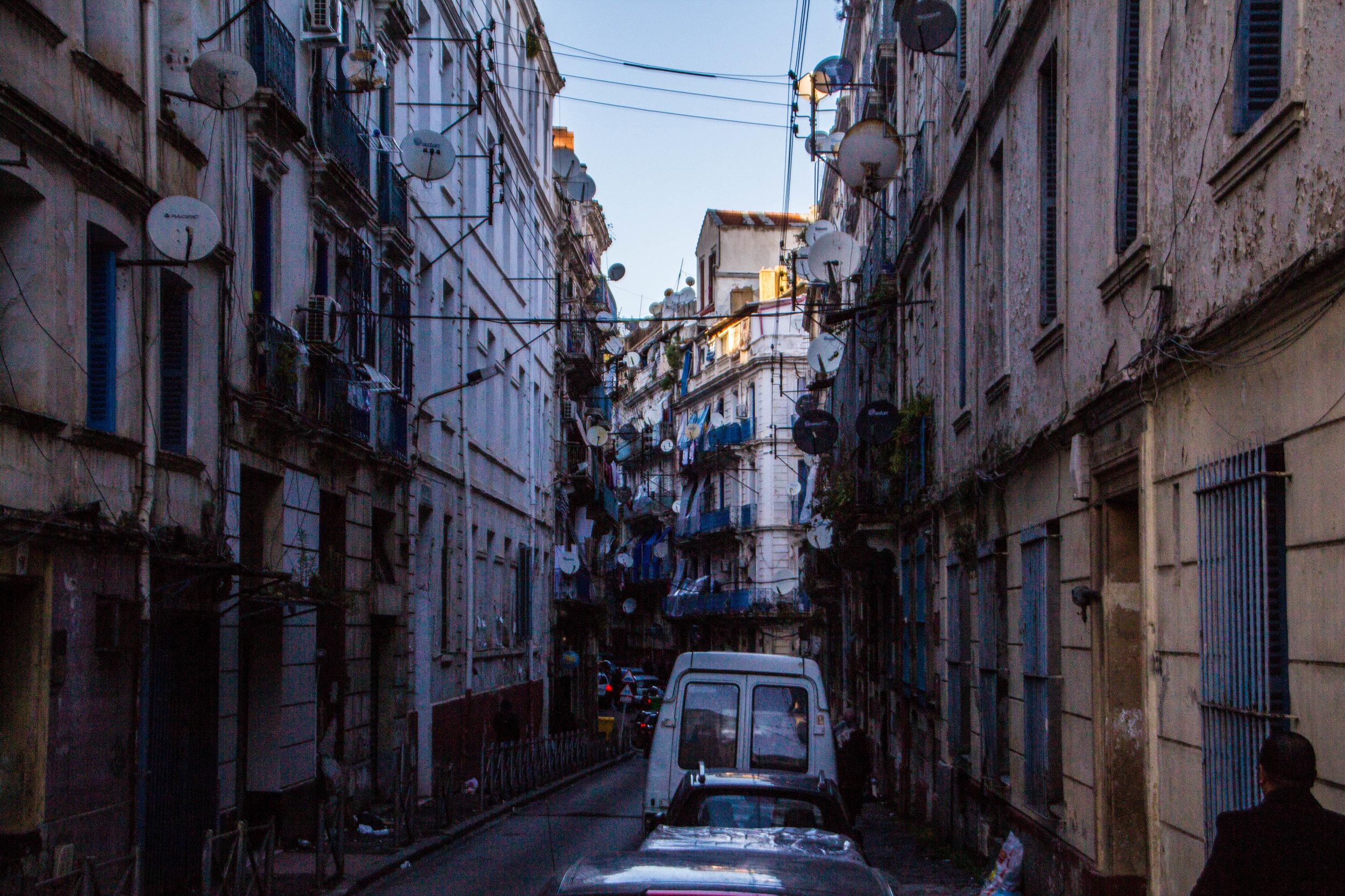 streets-algiers-algeria-18-2.jpg