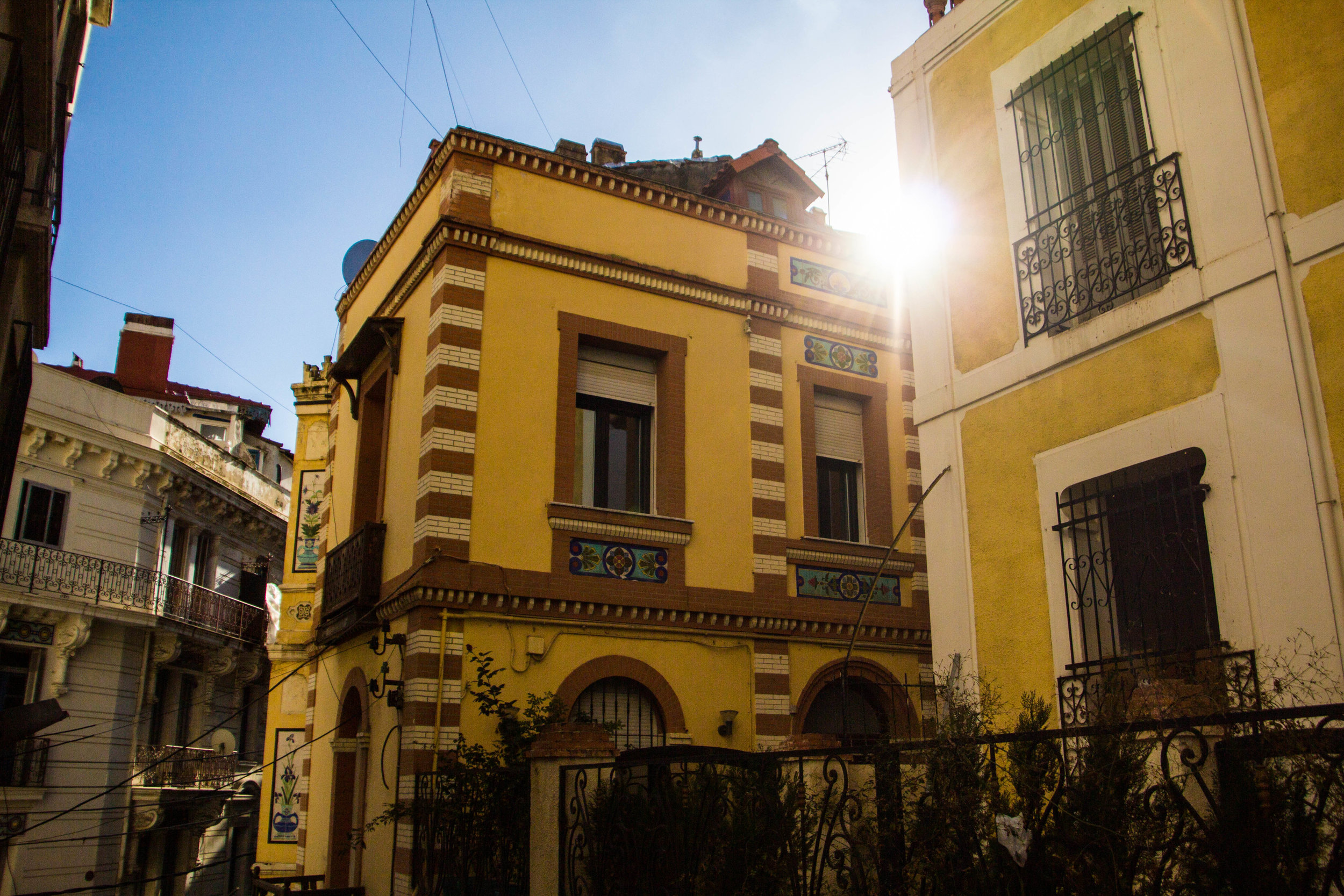 streets-algiers-algeria-18.jpg