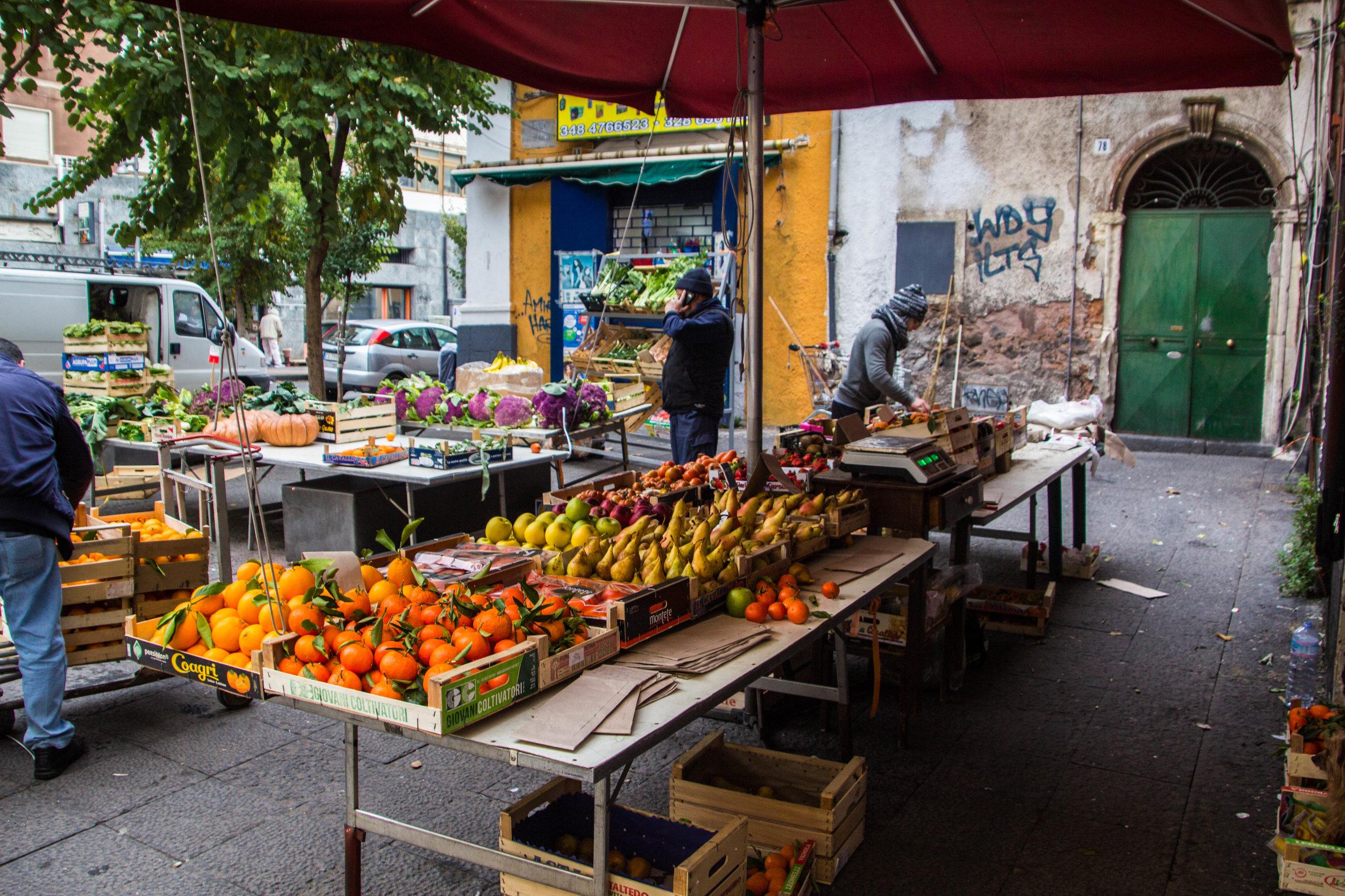 fish-market-catania-sicilia-2.jpg