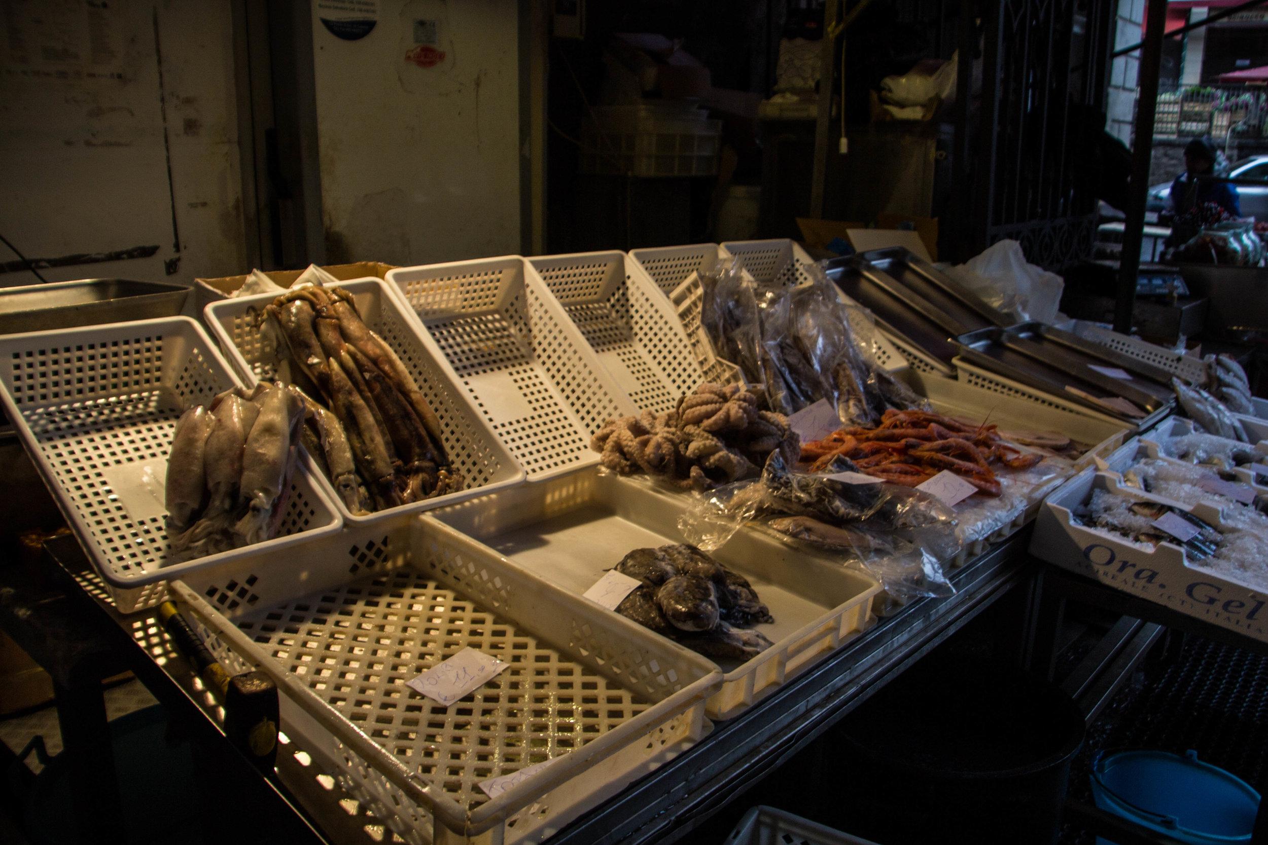 fish-market-catania-sicilia-5.jpg