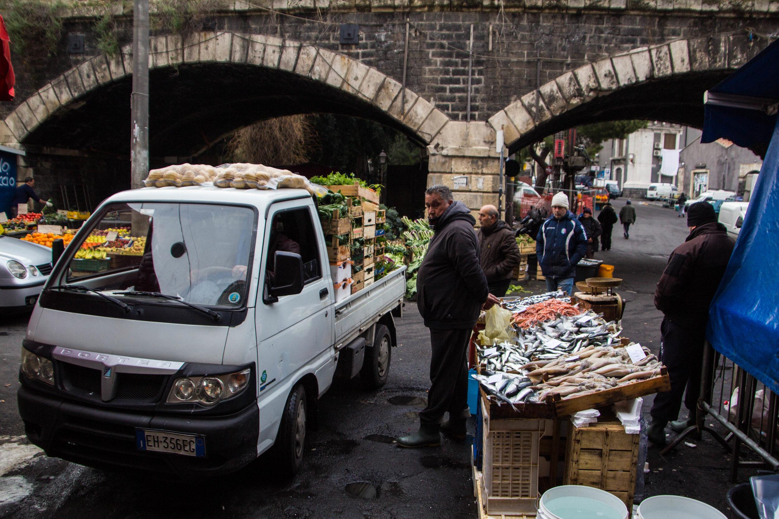 fish-market-catania-sicilia-6.jpg