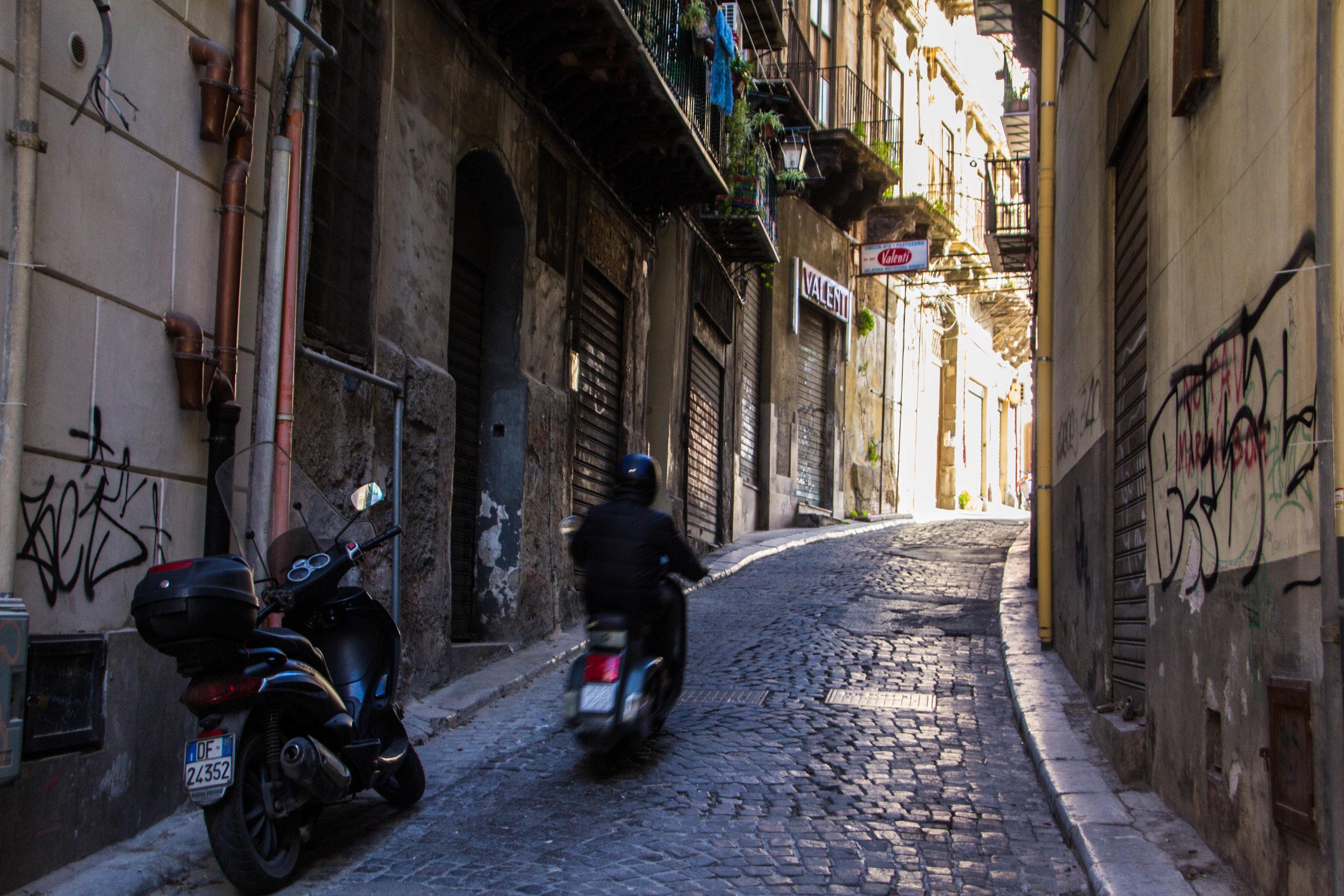 street-photography-palermo-sicily-62.jpg