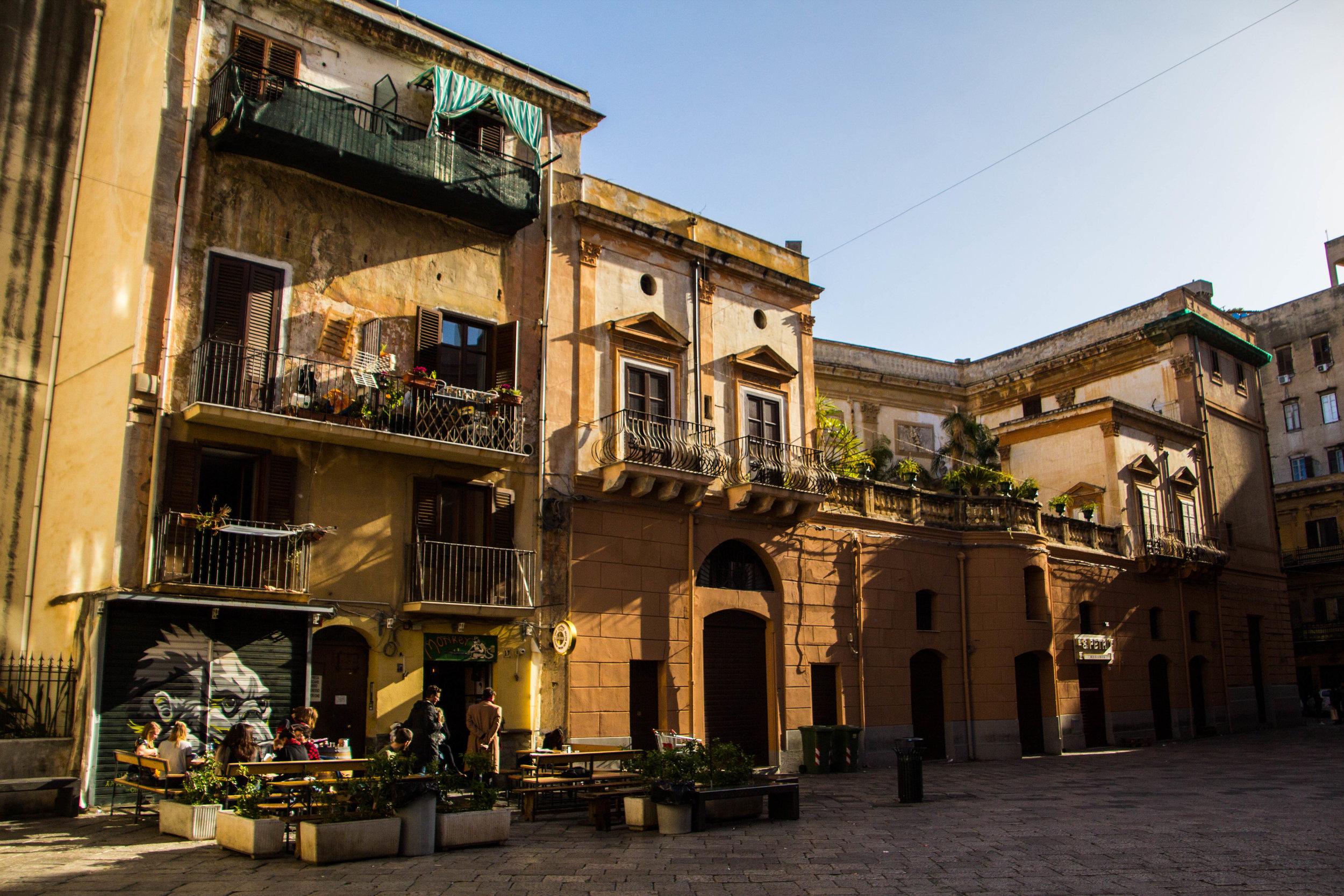 streets-palermo-sicily-6.jpg