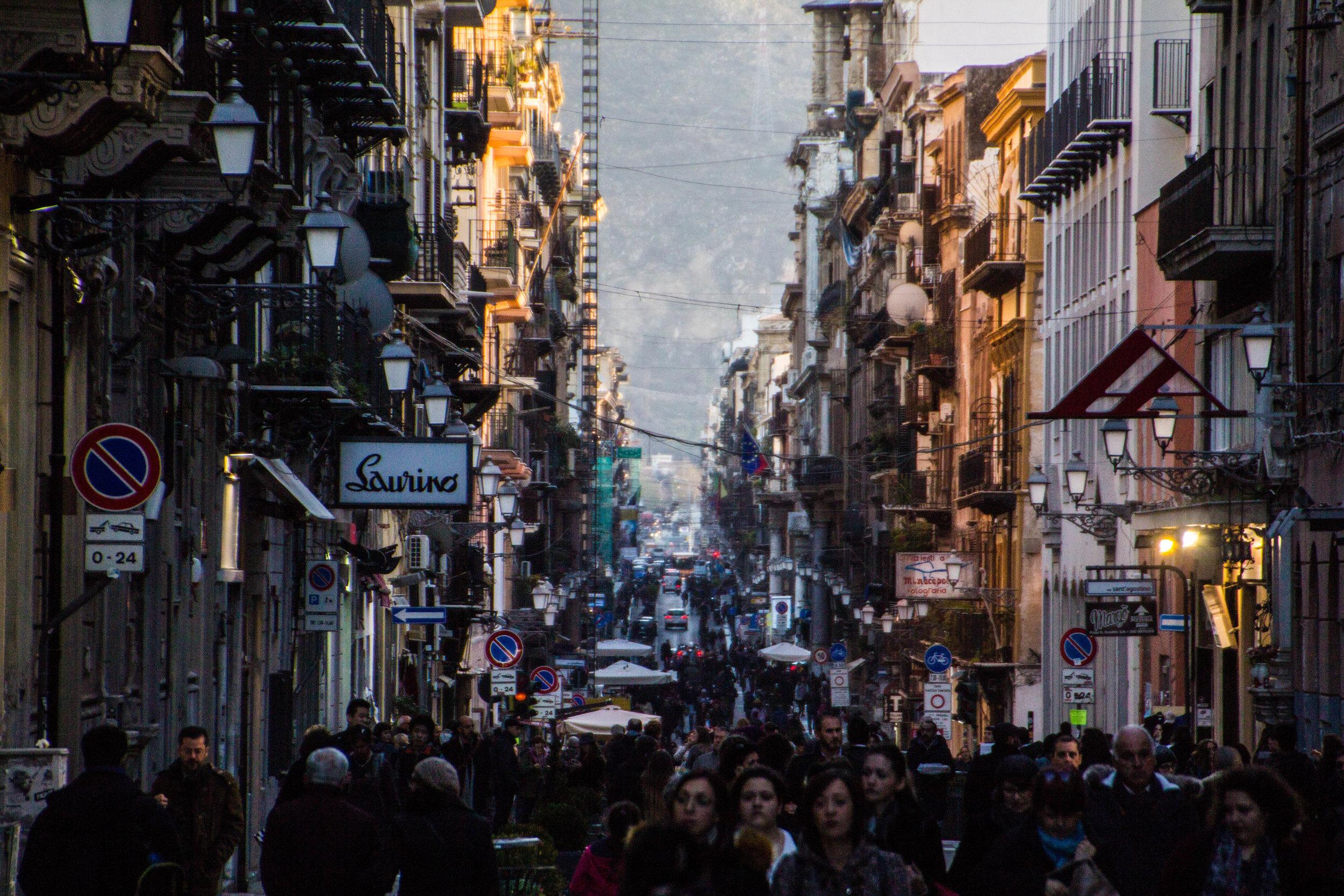 streets-palermo-sicily-21.jpg