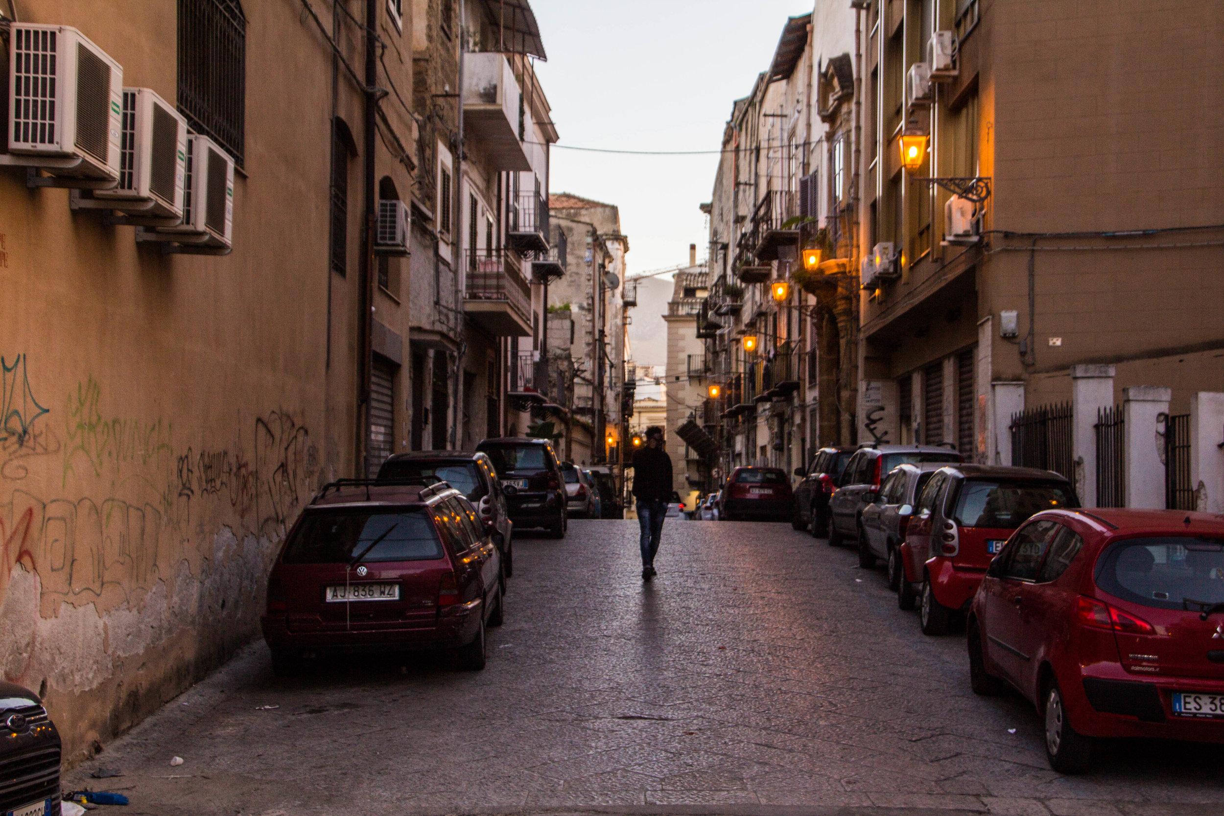 streets-palermo-sicily-24.jpg