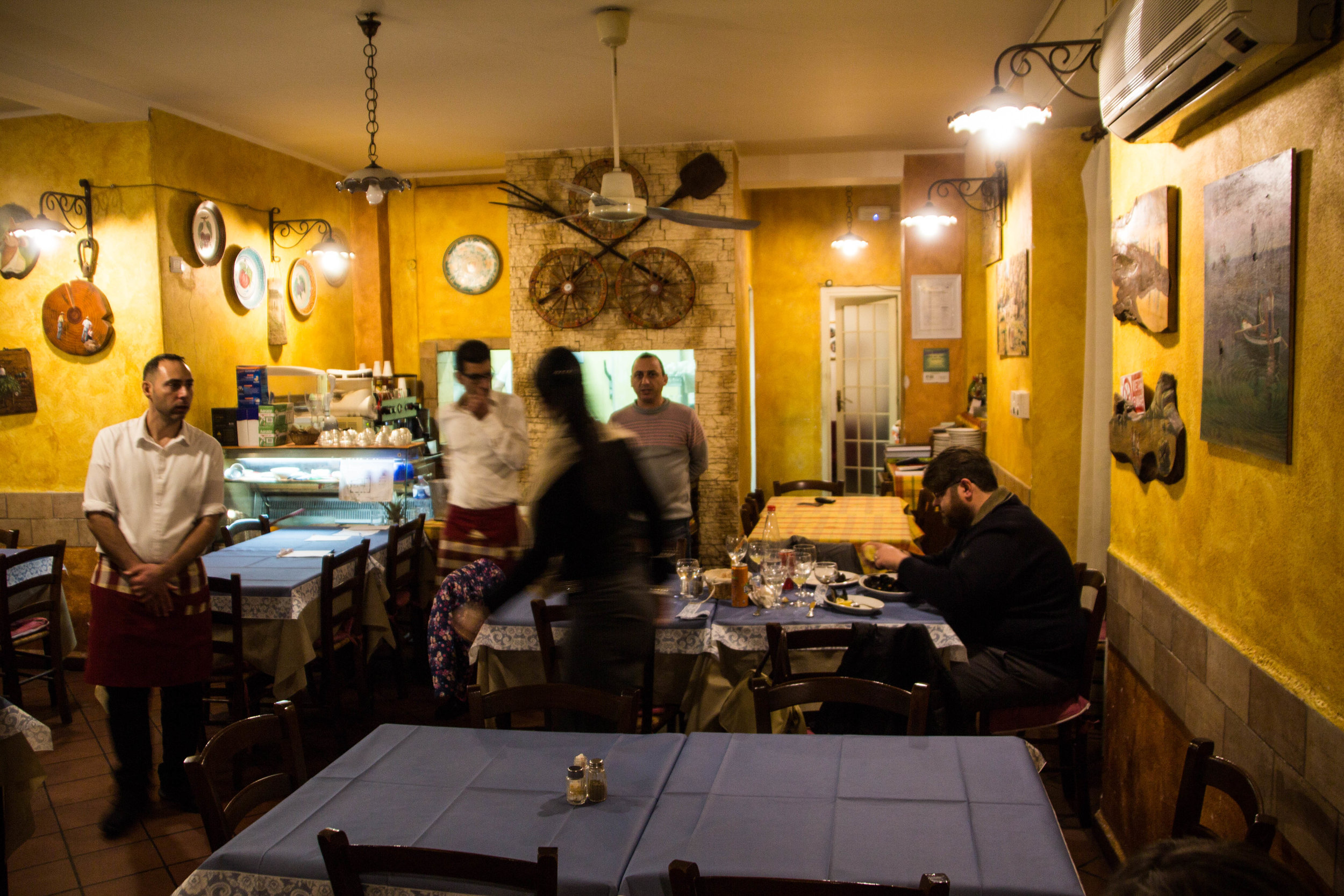 restaurant-catania-sicily-sicilia-2.jpg