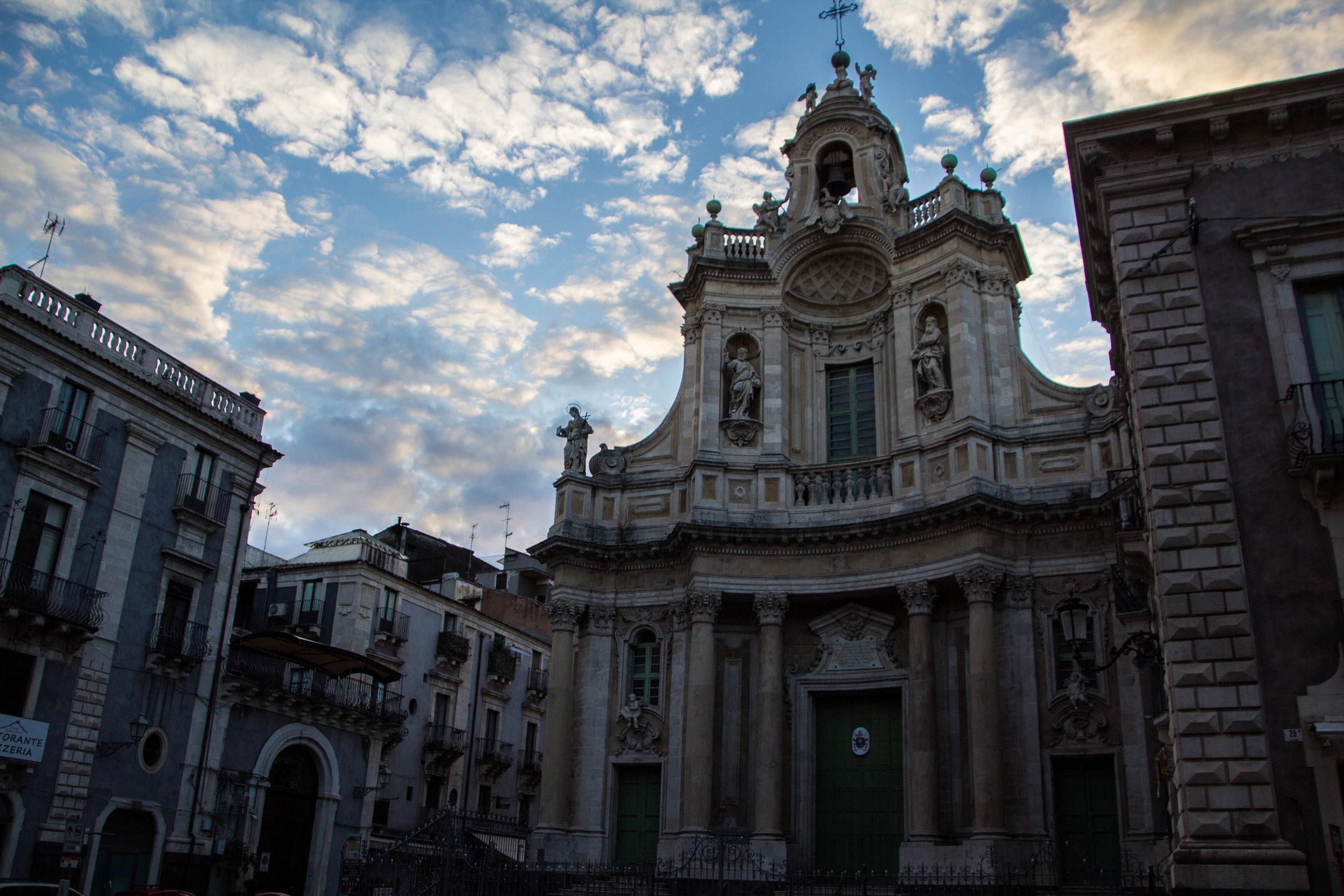 streets-catania-sicily-sicilia-20.jpg