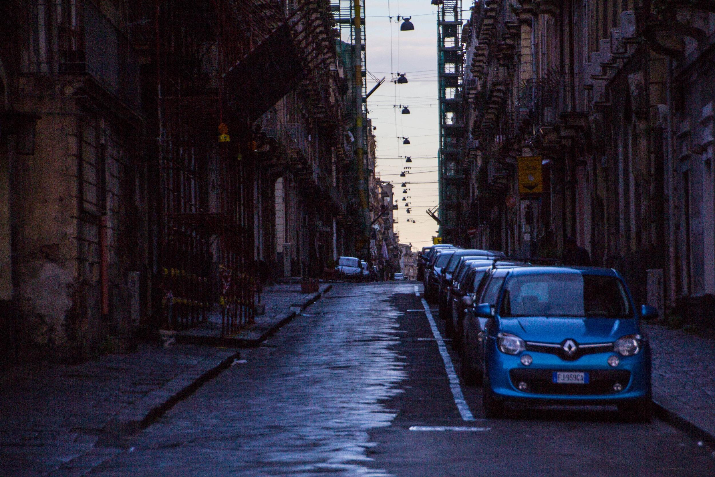 streets-catania-sicily-sicilia-4.jpg