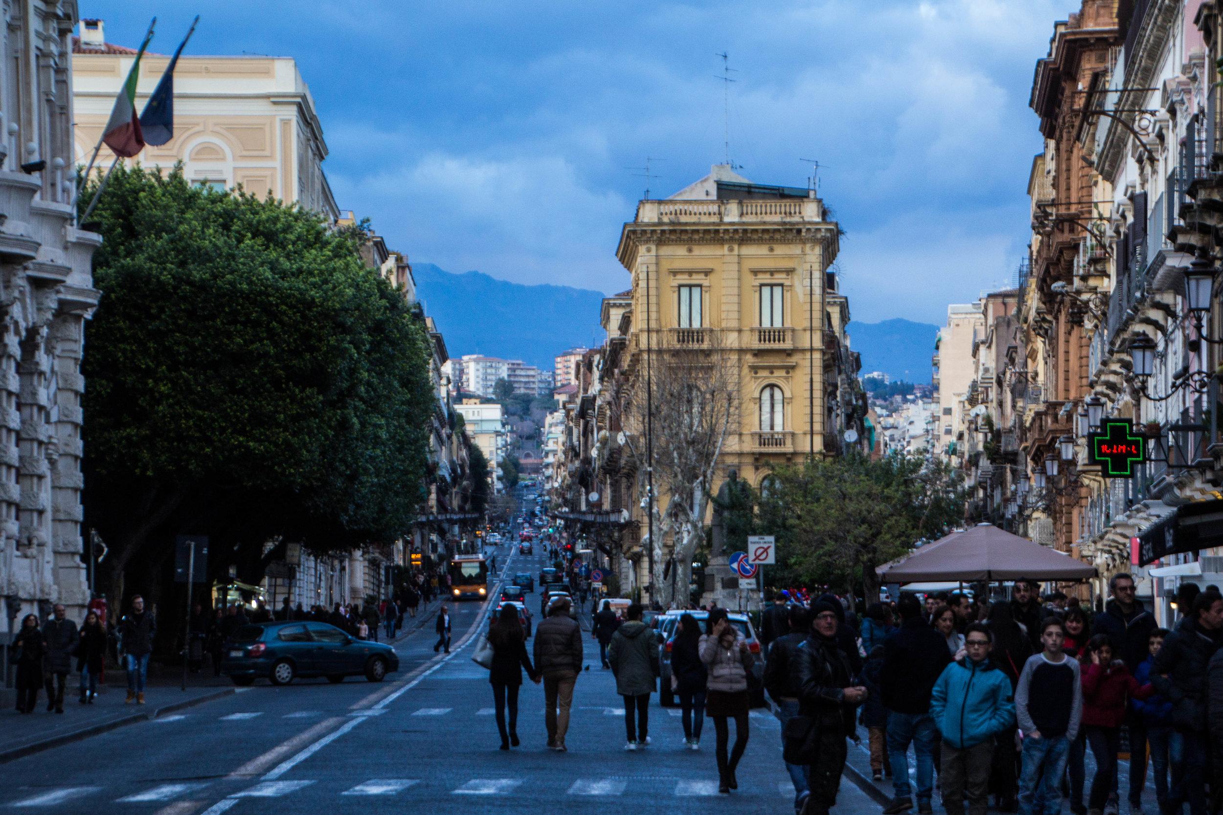 streets-catania-sicily-sicilia-7.jpg