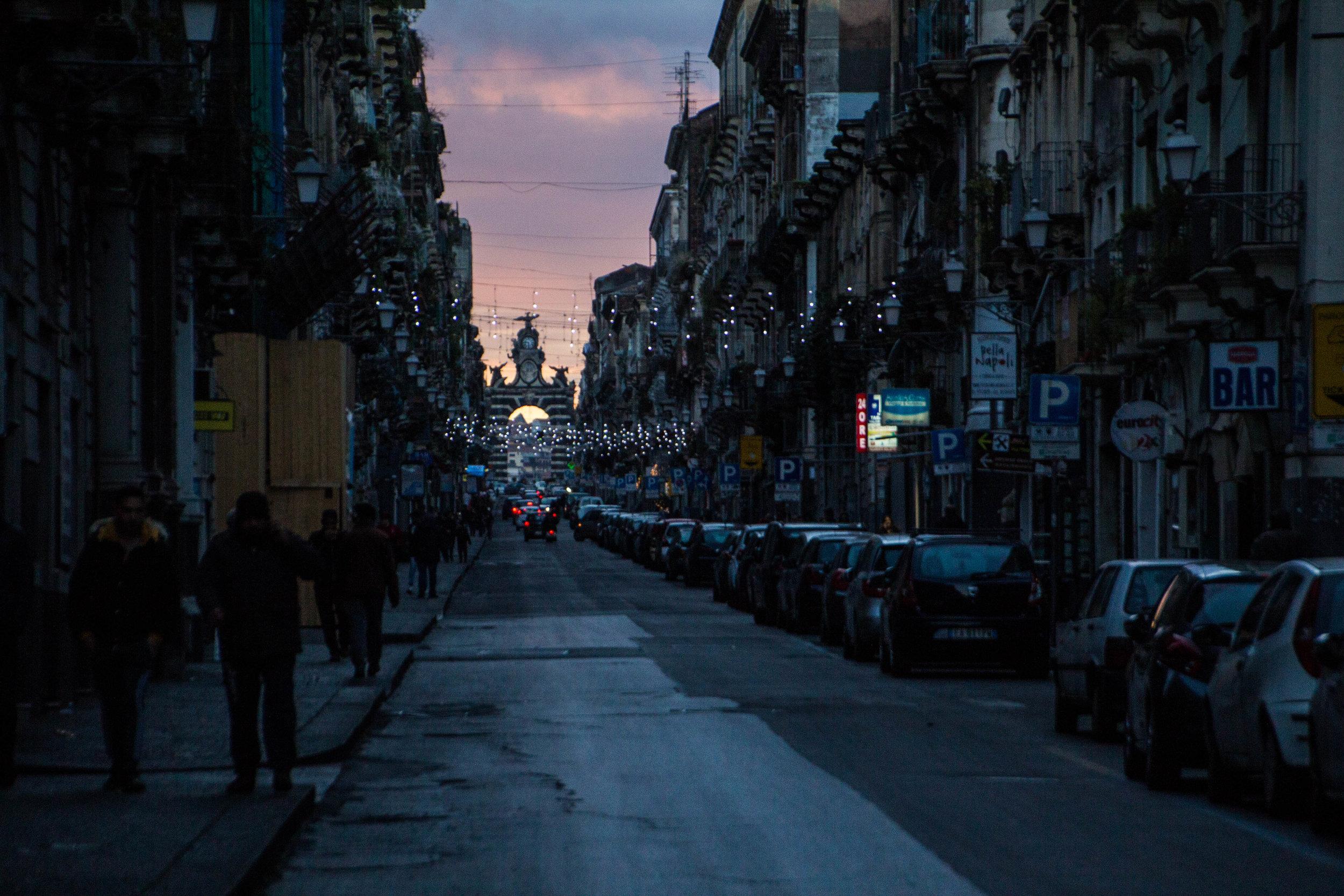streets-catania-sicily-sicilia-32.jpg