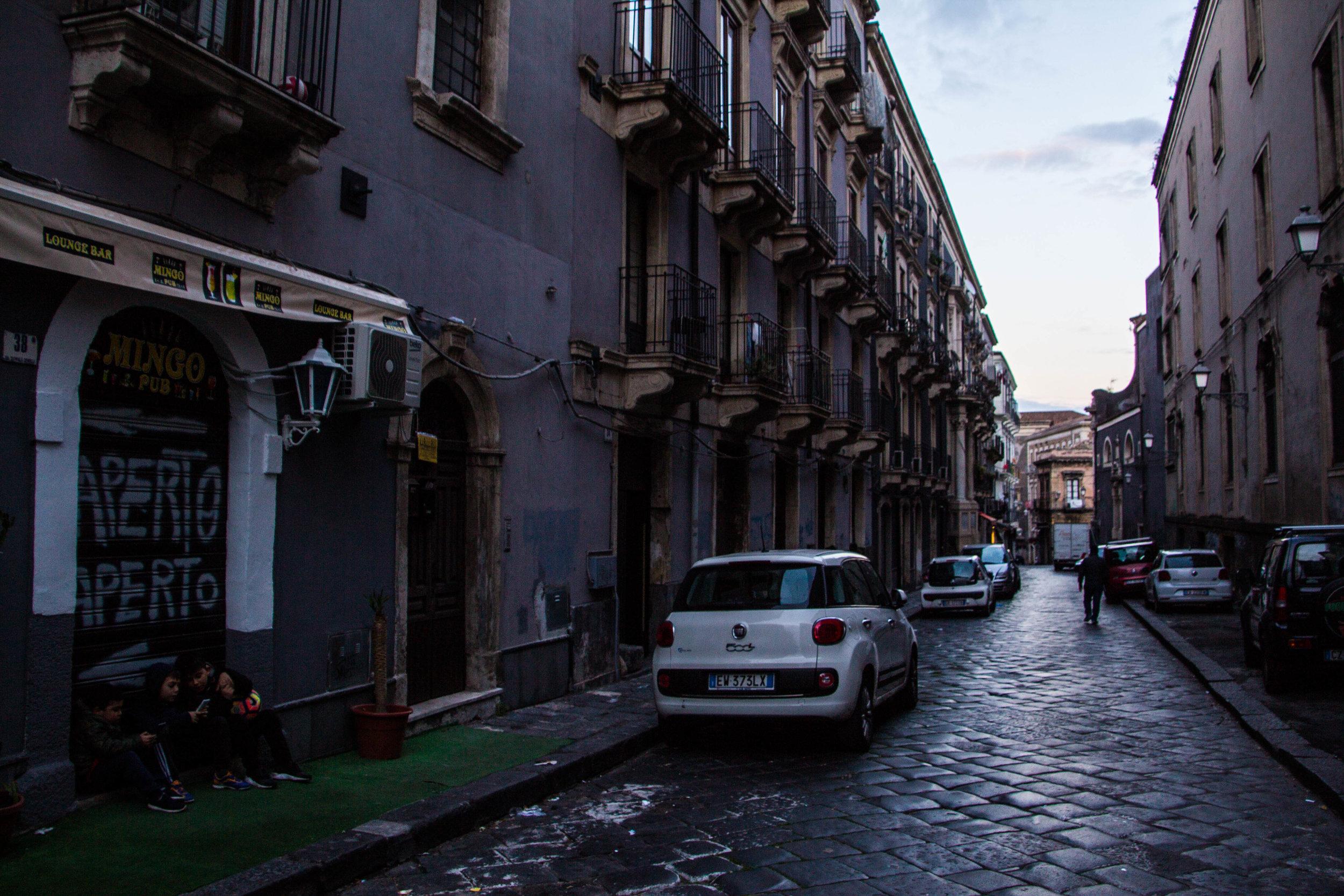 streets-catania-sicily-sicilia-34.jpg