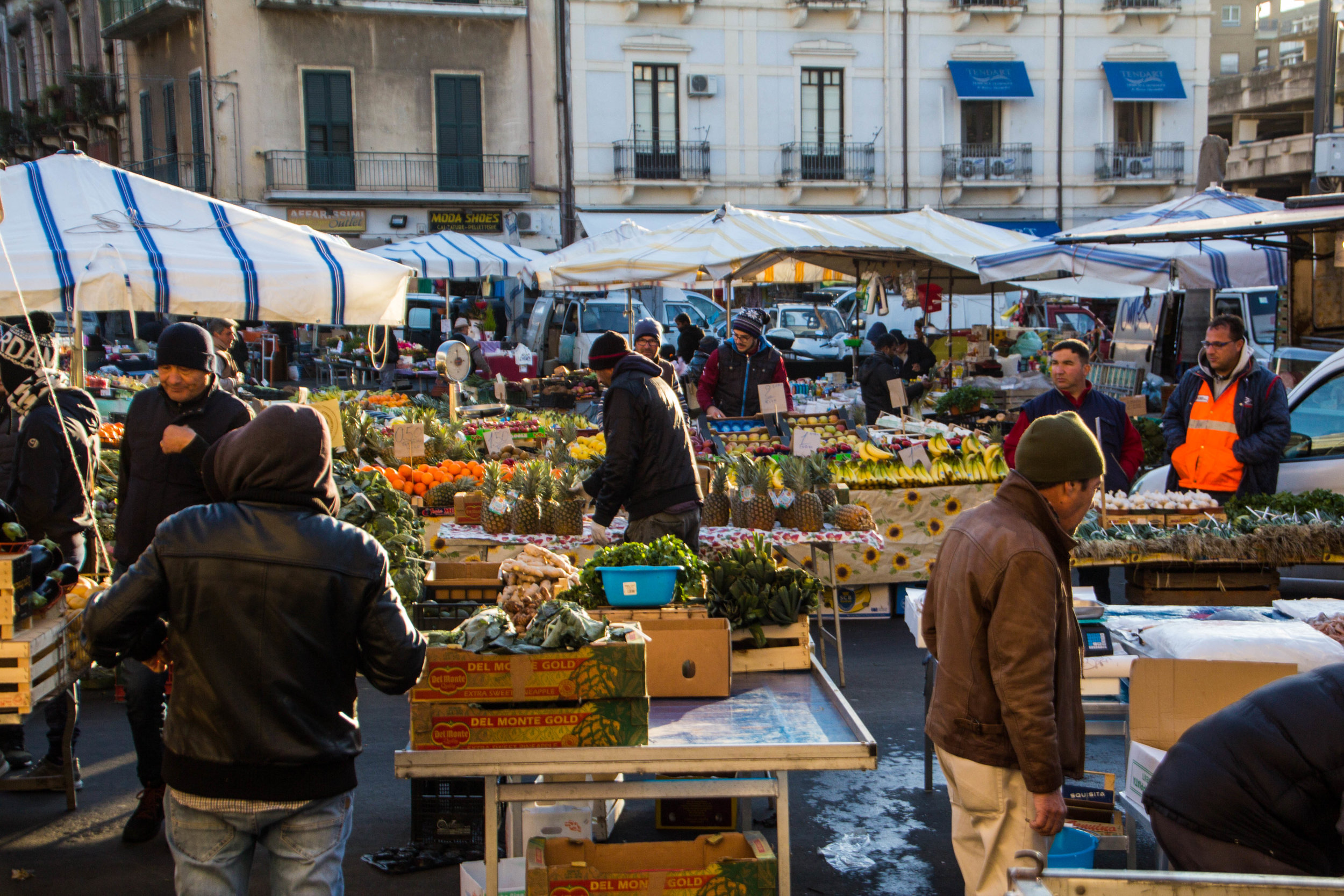 main-market-catania-sicilia-2.jpg