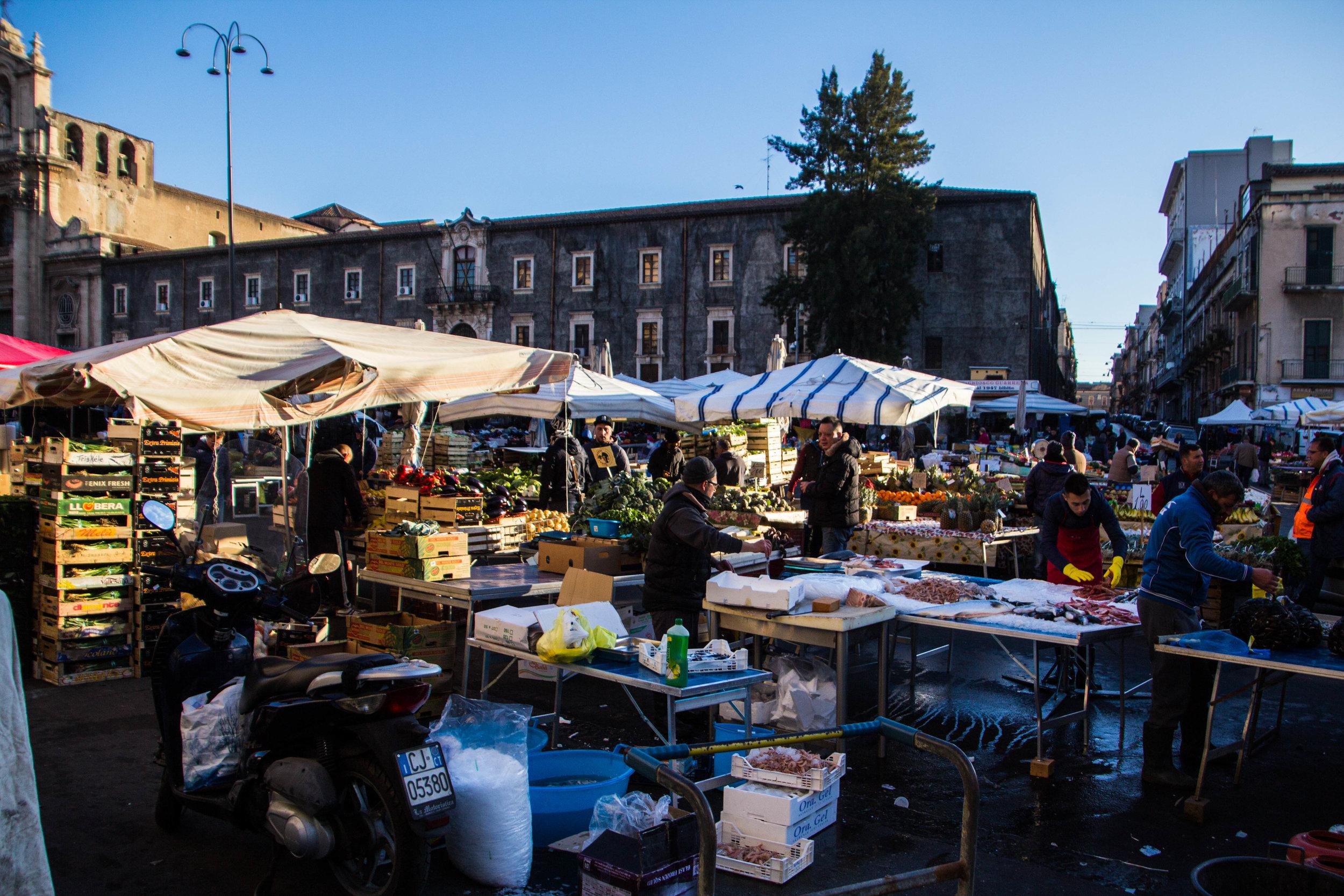 main-market-catania-sicilia-4.jpg