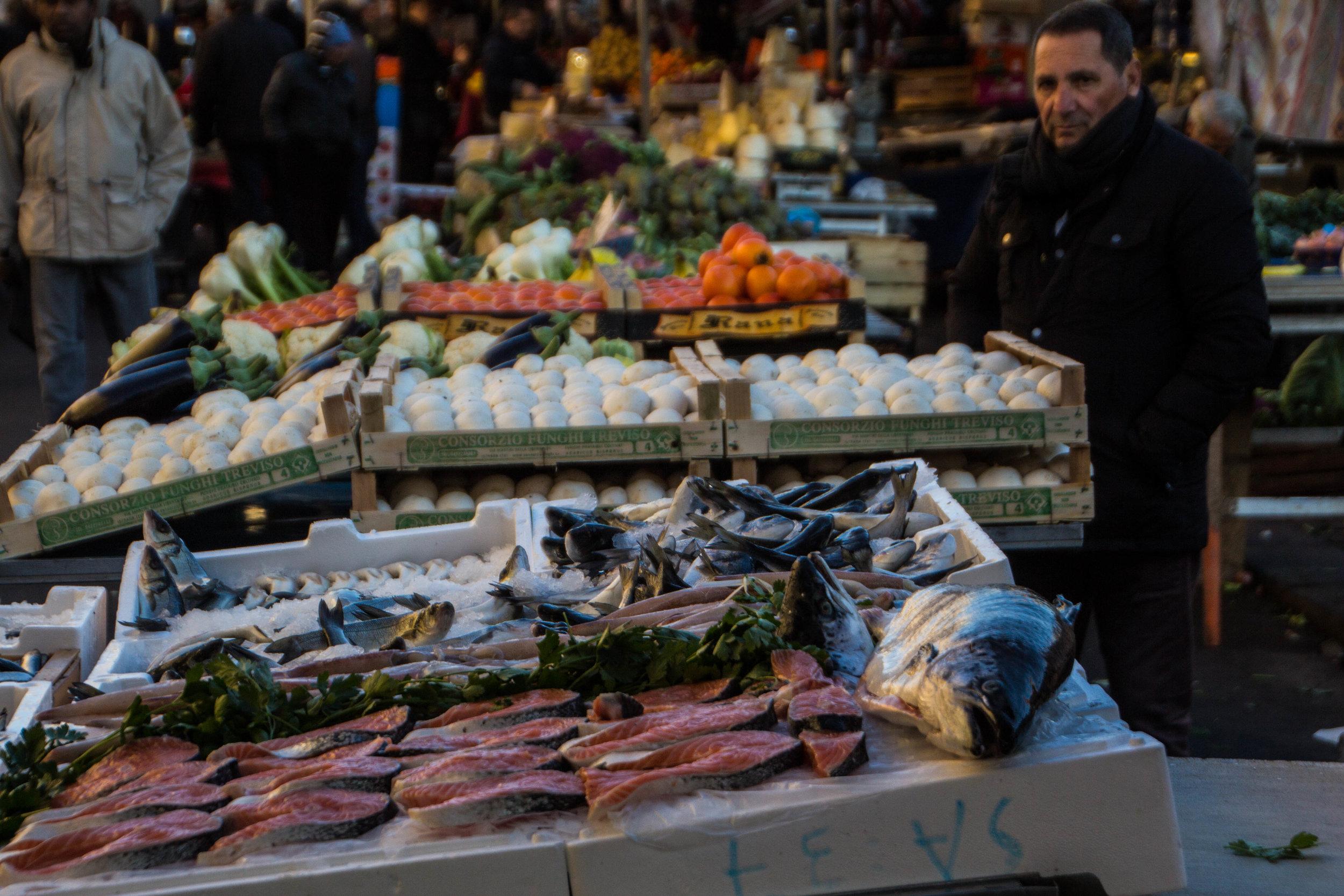 main-market-catania-sicilia-6.jpg