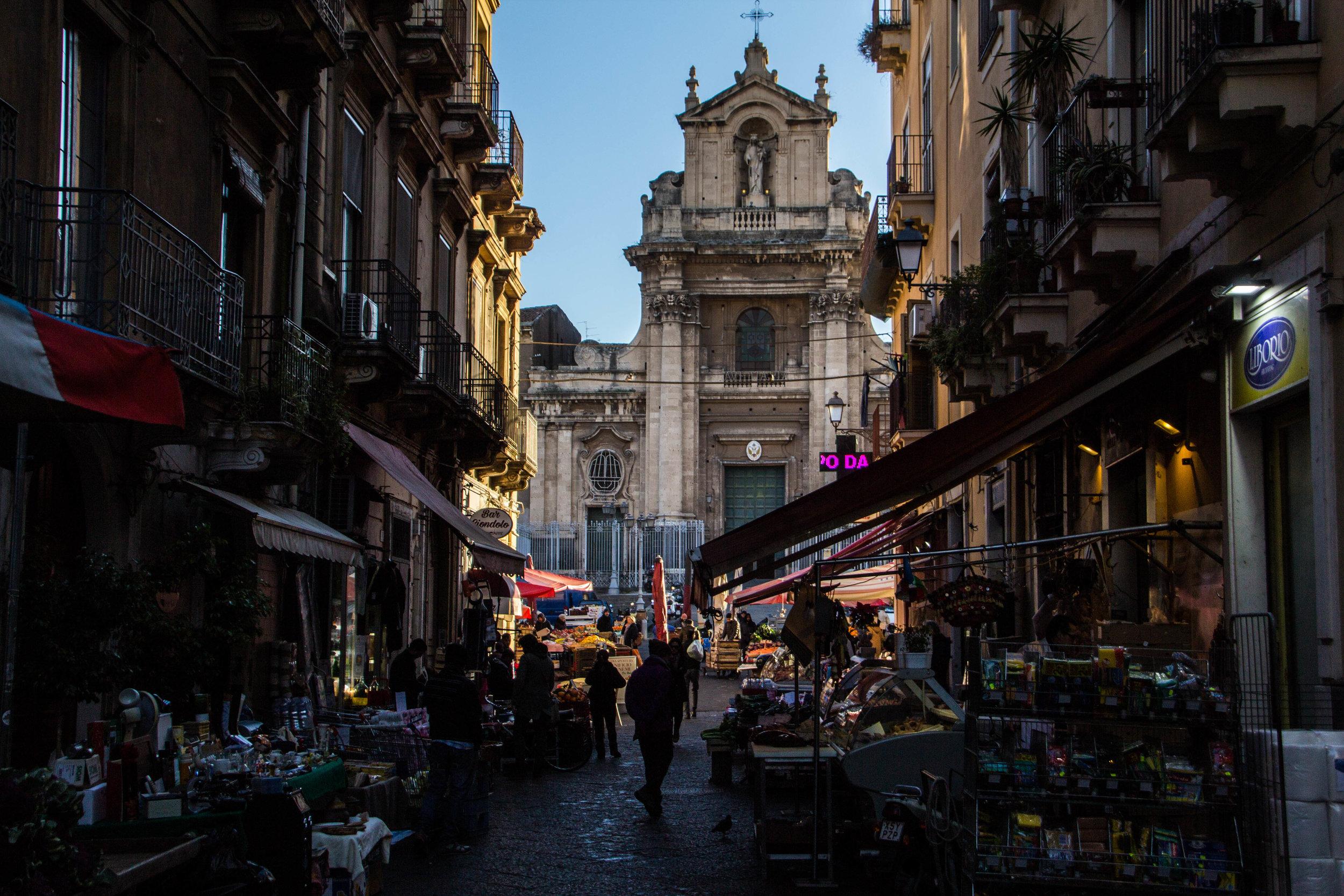 main-market-catania-sicilia-13.jpg