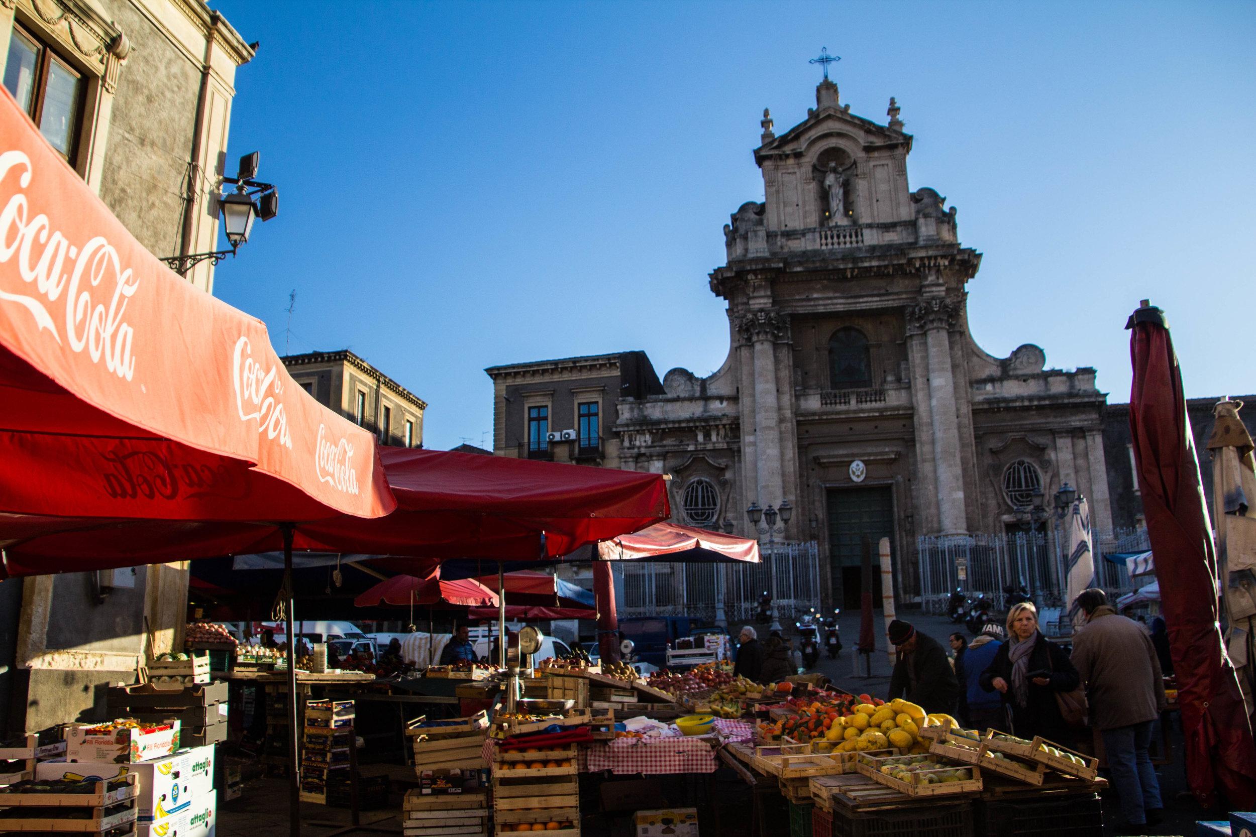 main-market-catania-sicilia-14.jpg