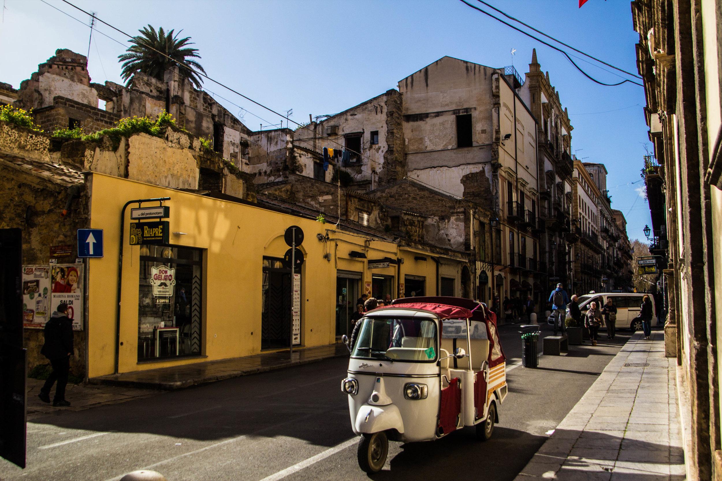 palermo-sicily-street-photography-1.jpg