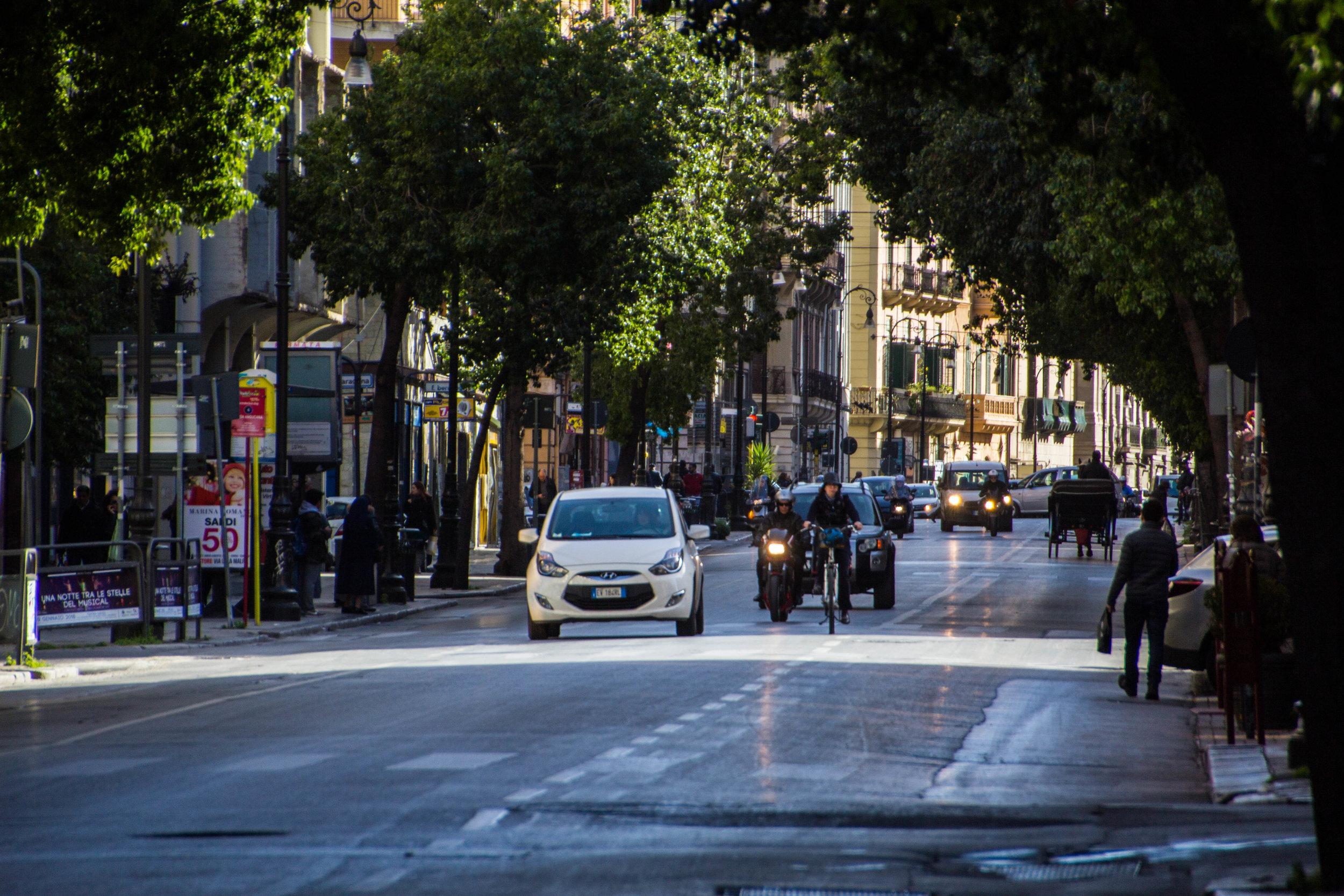 streets-palermo-sicily-2-2.jpg