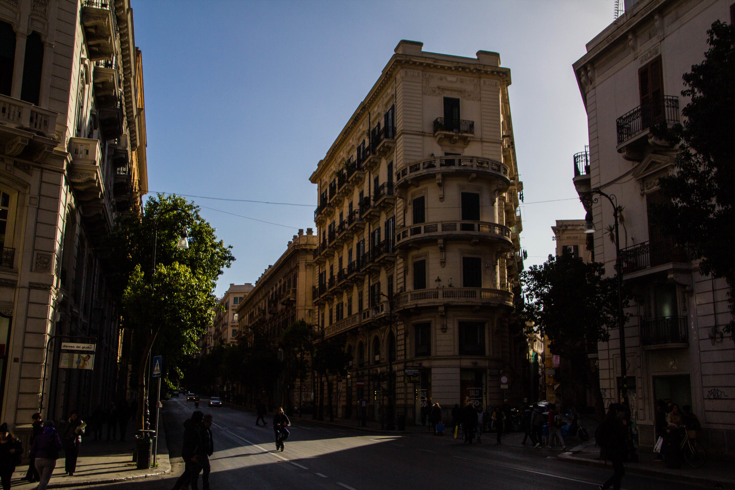 streets-palermo-sicily-5.jpg