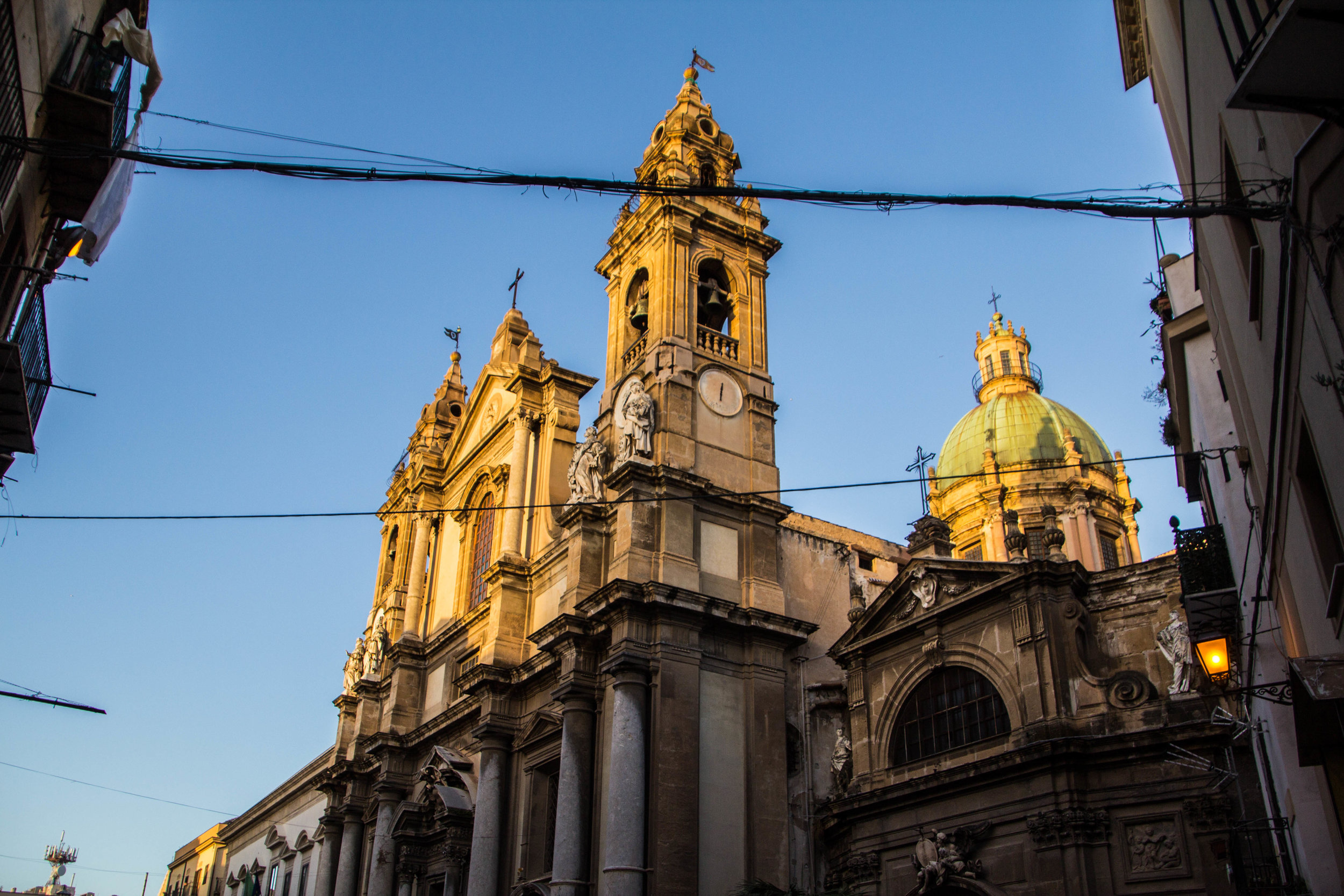 streets-palermo-sicily-17.jpg