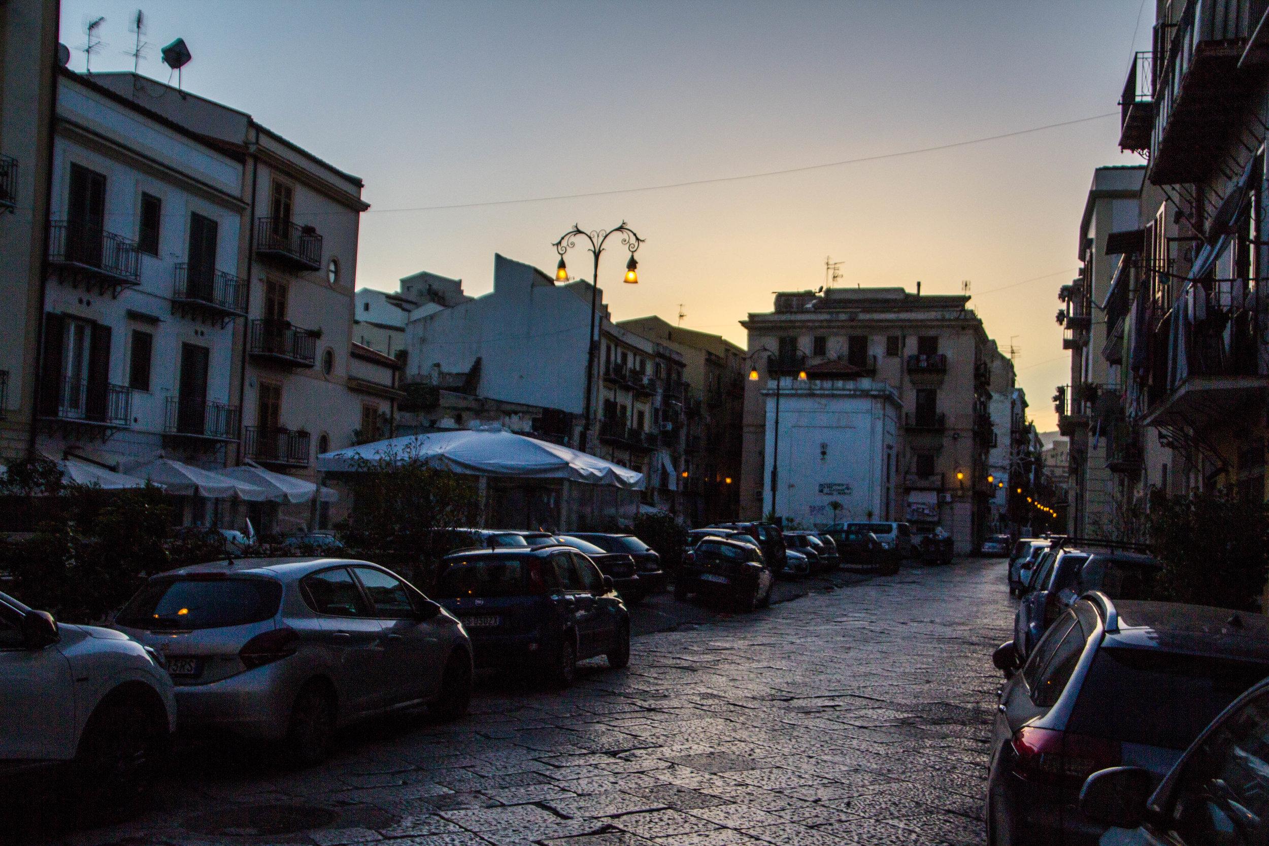 streets-palermo-sicily-27.jpg