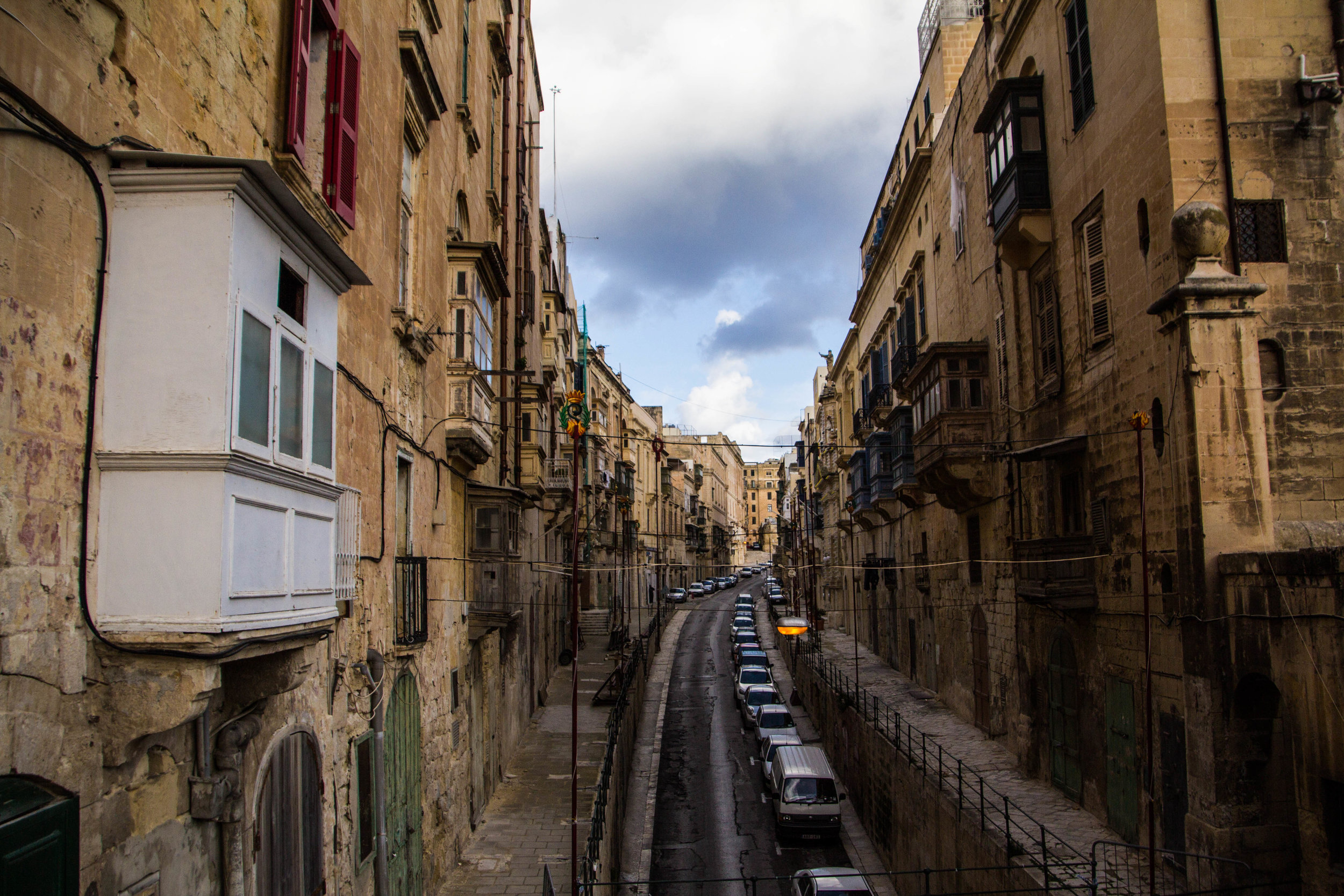 valletta-malta-clouds-rain-streets-photography-12.jpg