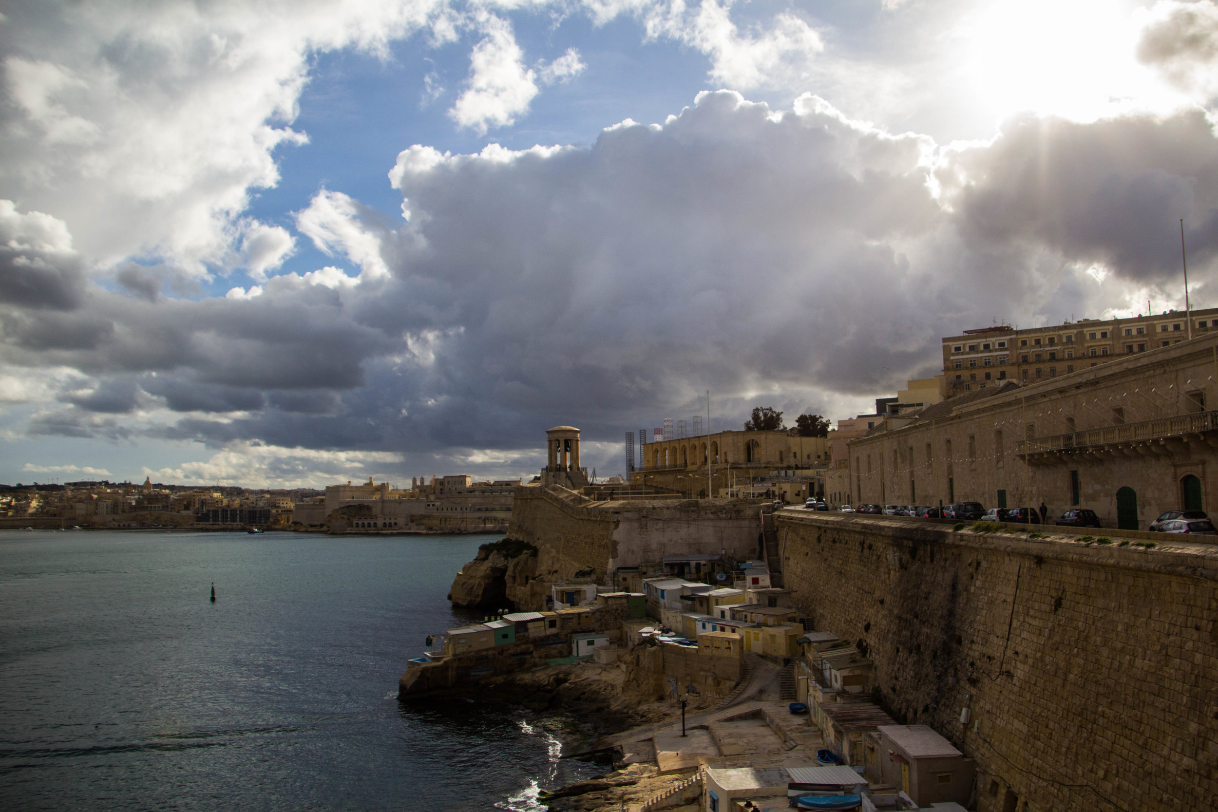 valletta-malta-clouds-rain-streets-photography-32.jpg