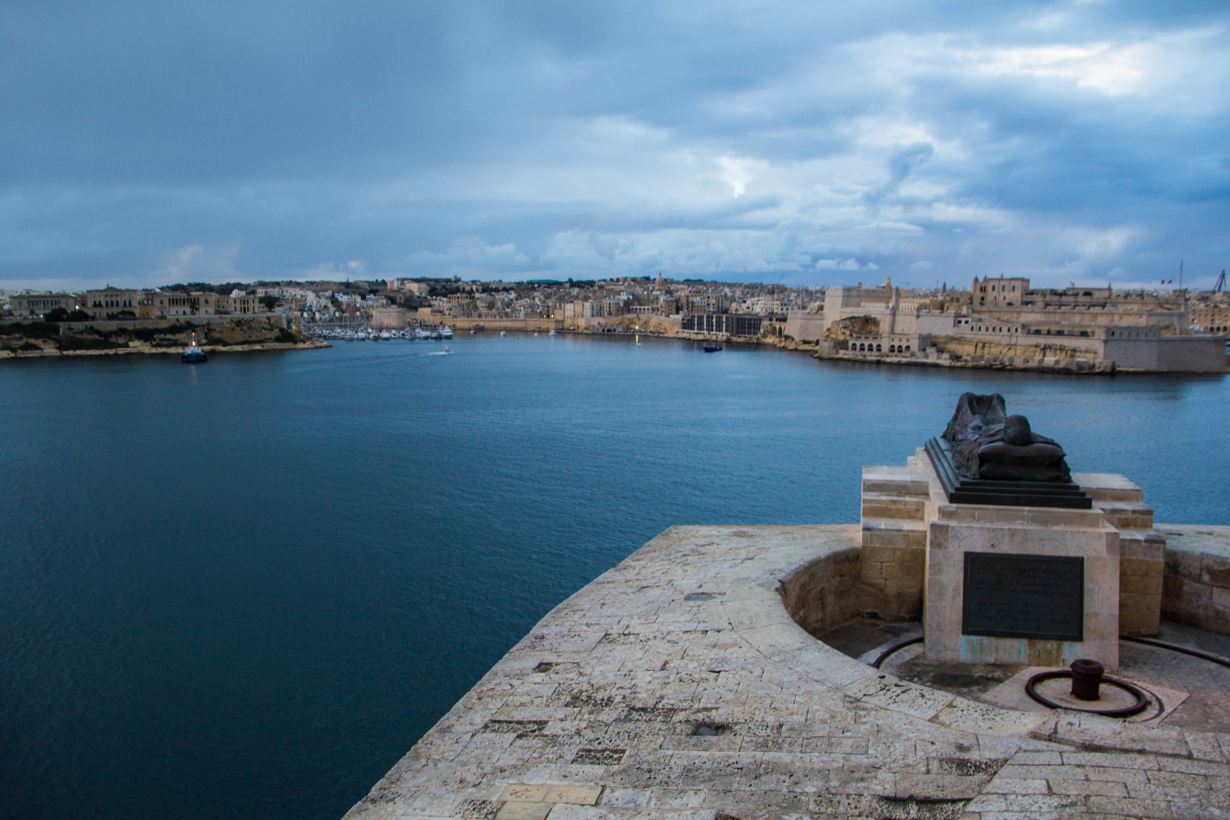 valletta-malta-clouds-rain-streets-photography-56.jpg