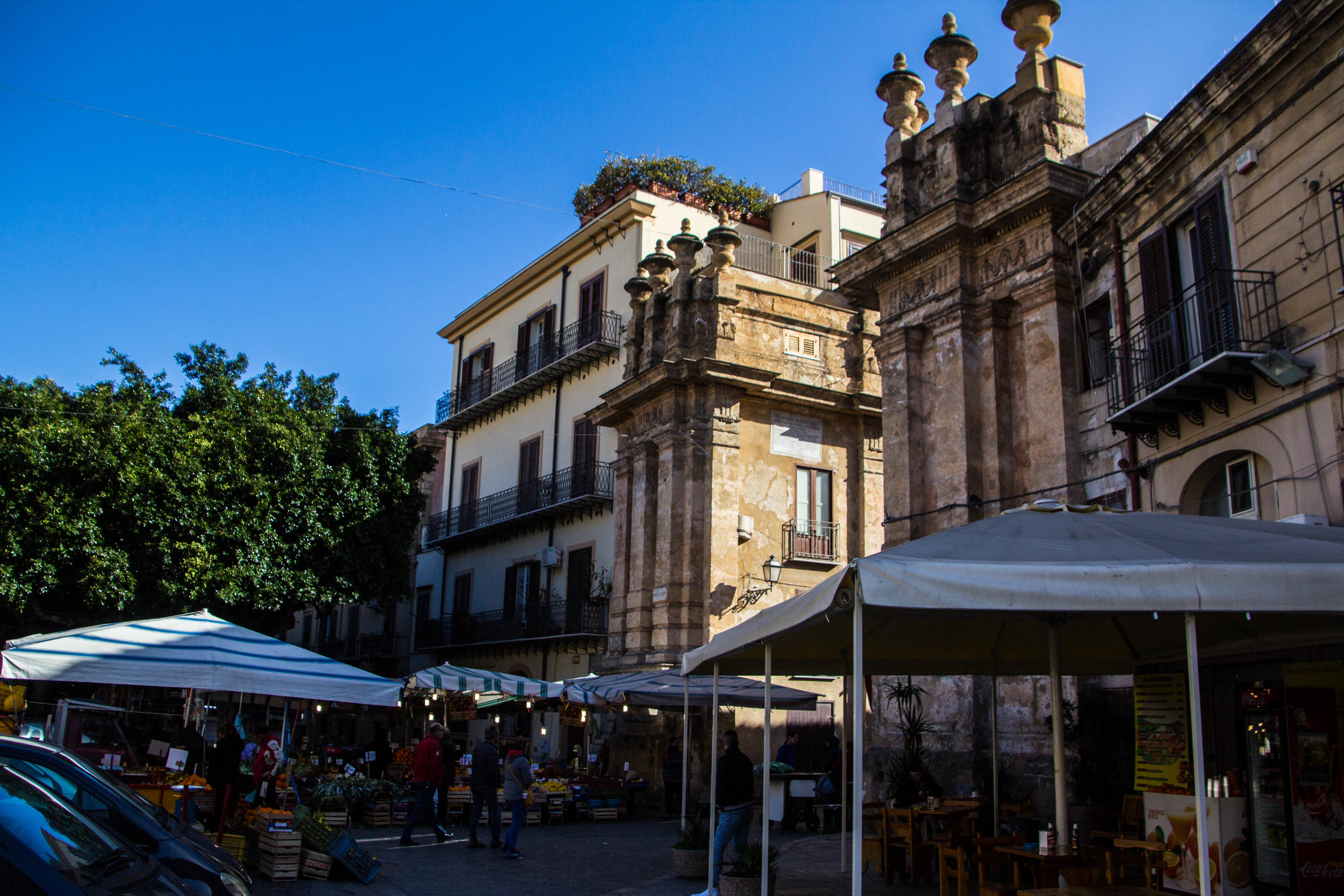 street-markets-palermo-sicily-1.jpg