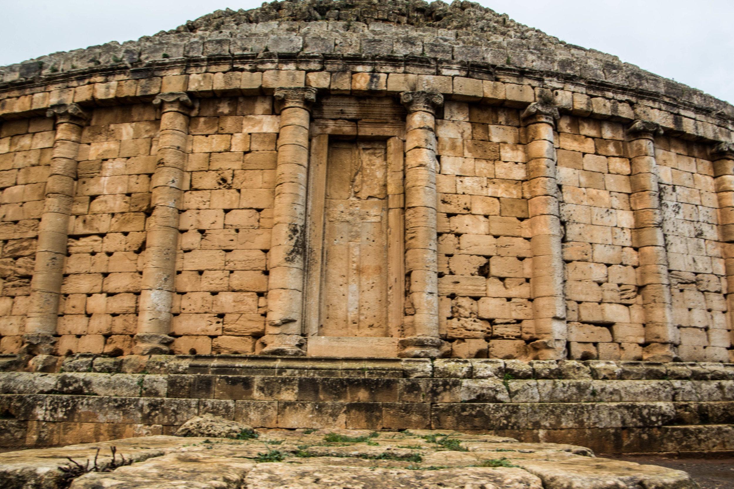 tipiza-roman-ruins-algeria-2.jpg