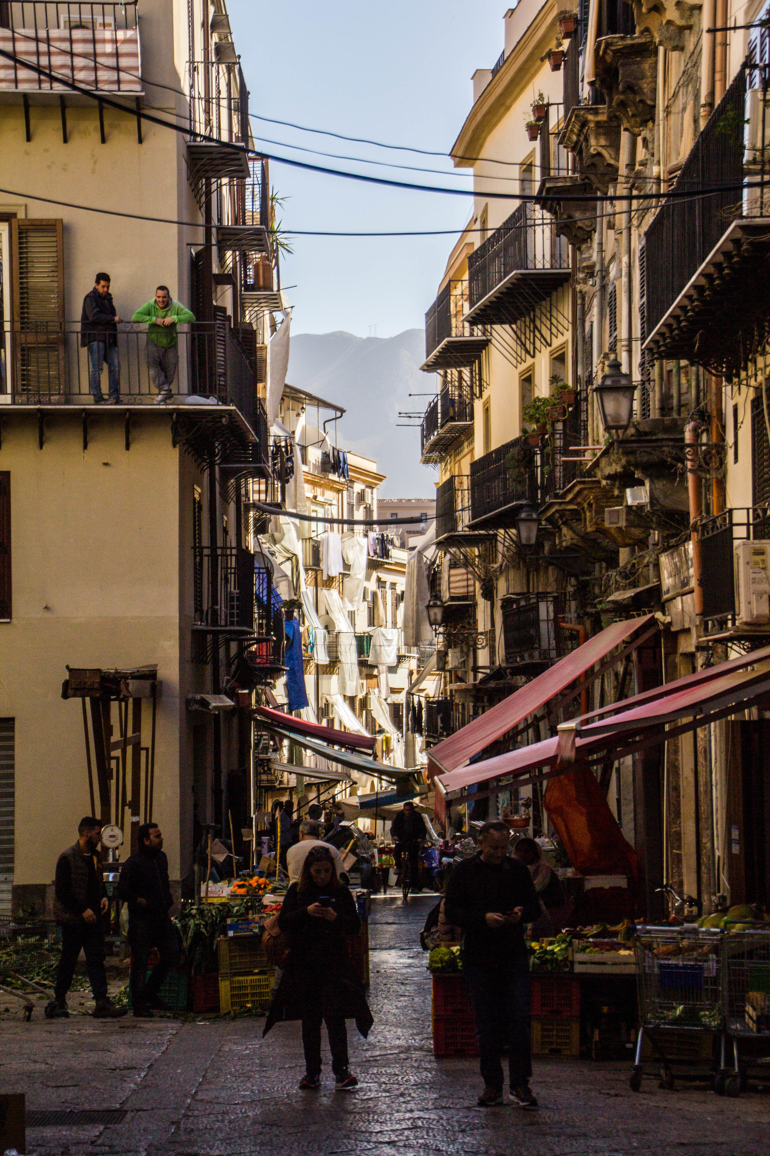 street-markets-palermo-sicily-18.jpg