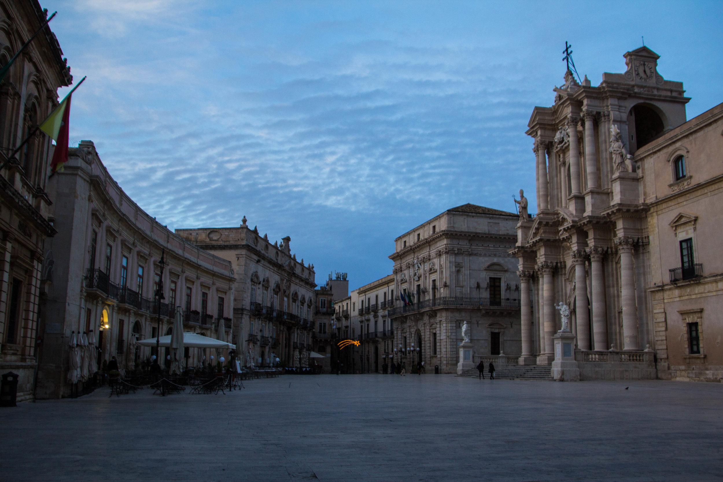 piazza-duomo-sunset-ortygia-syracuse-sicily-7.jpg