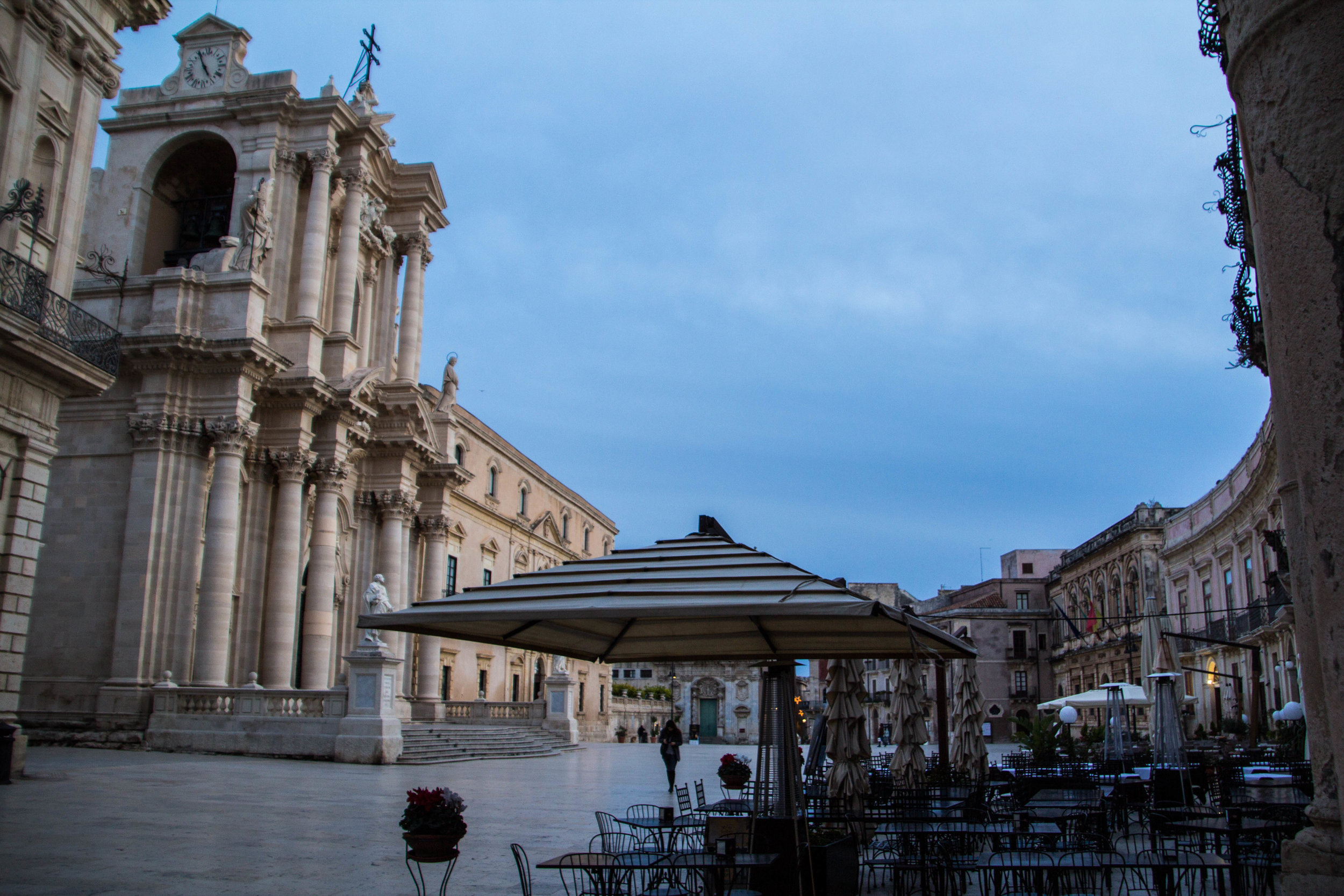piazza-duomo-sunset-ortygia-syracuse-sicily-6.jpg