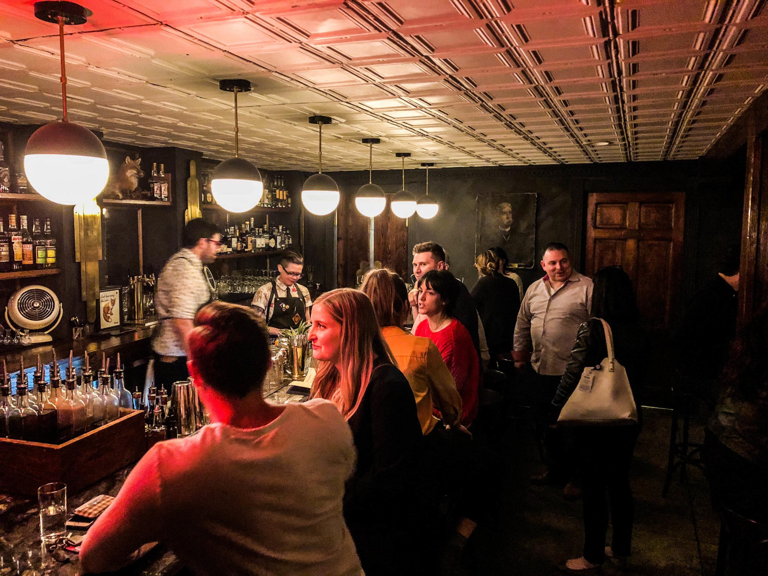 the-fox-nashville-bars-nightlife-4.jpg
