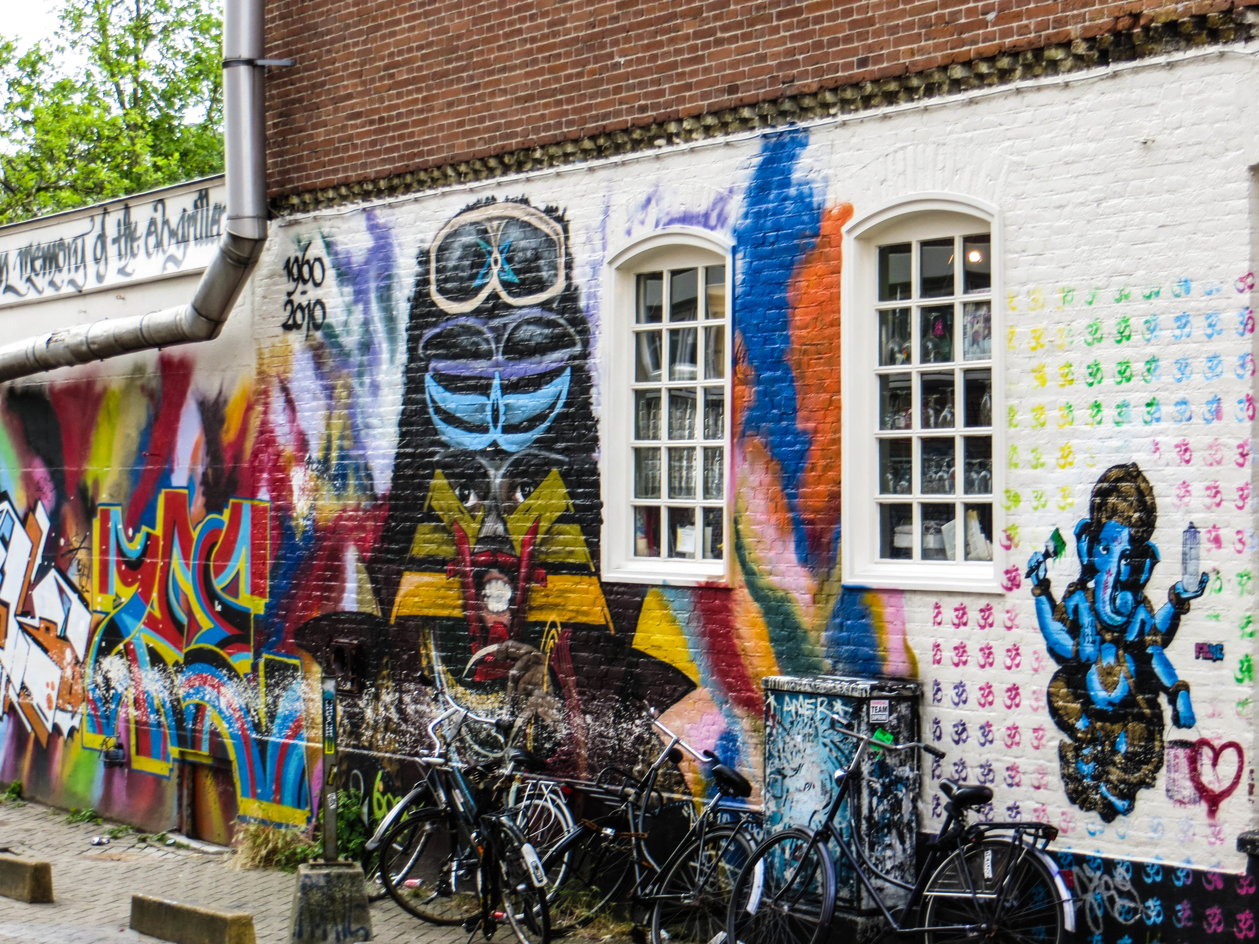 amsterdam-netherlands-street-photography-3-2.jpg