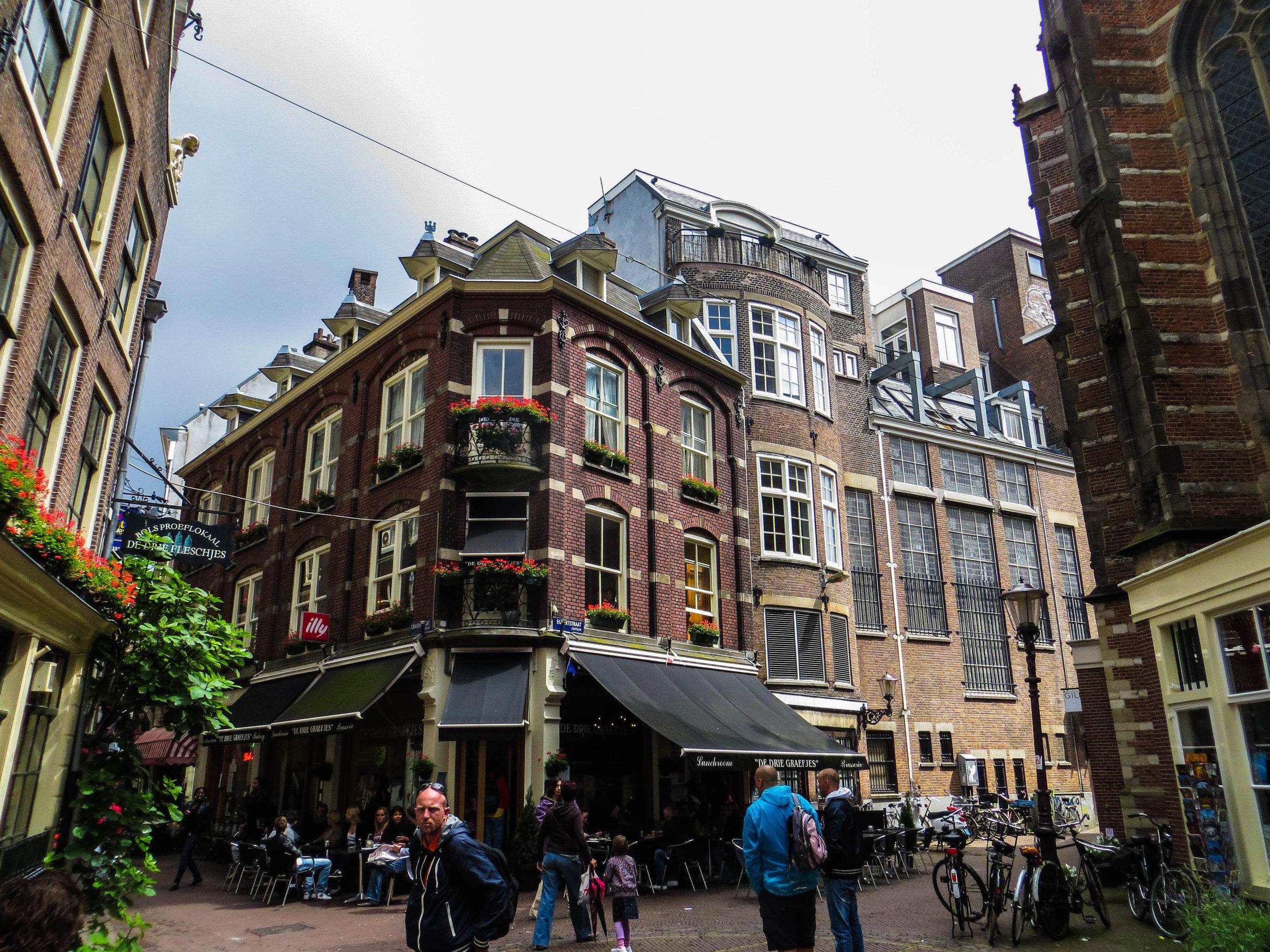 amsterdam-netherlands-street-photography-12-2.jpg