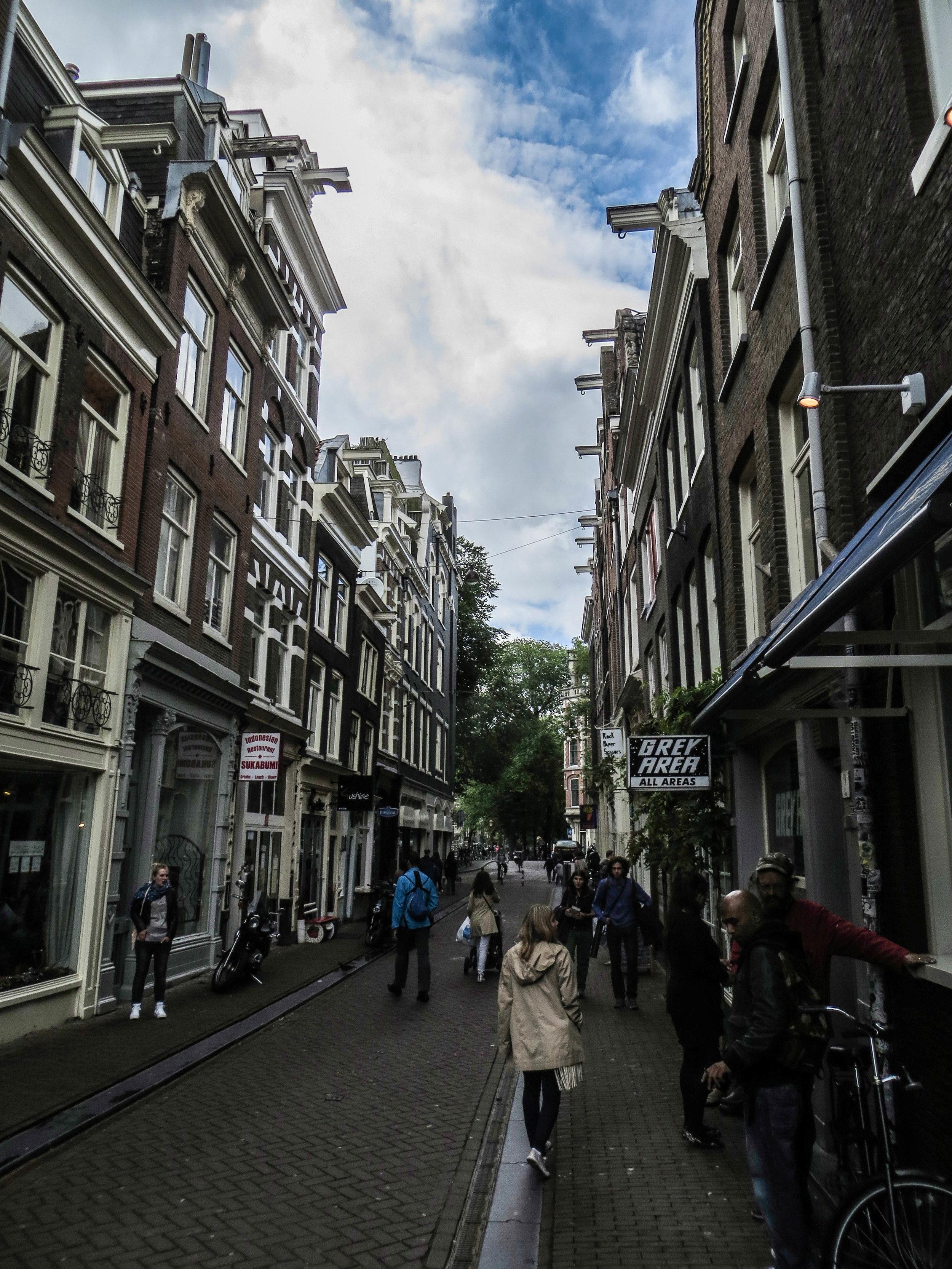 amsterdam-netherlands-street-photography-14-2.jpg
