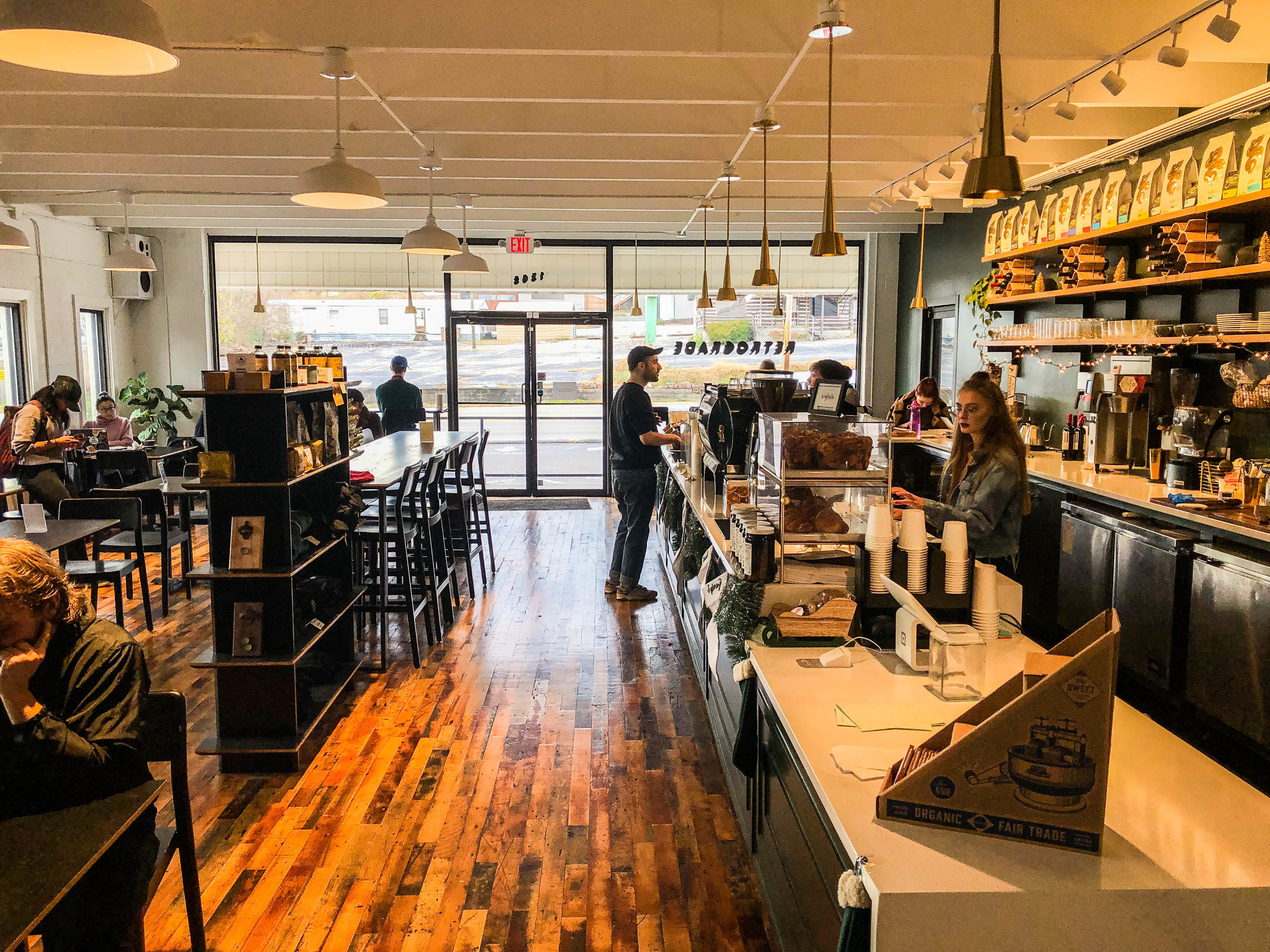 retrograde-coffee-nashville-cafes-4.jpg