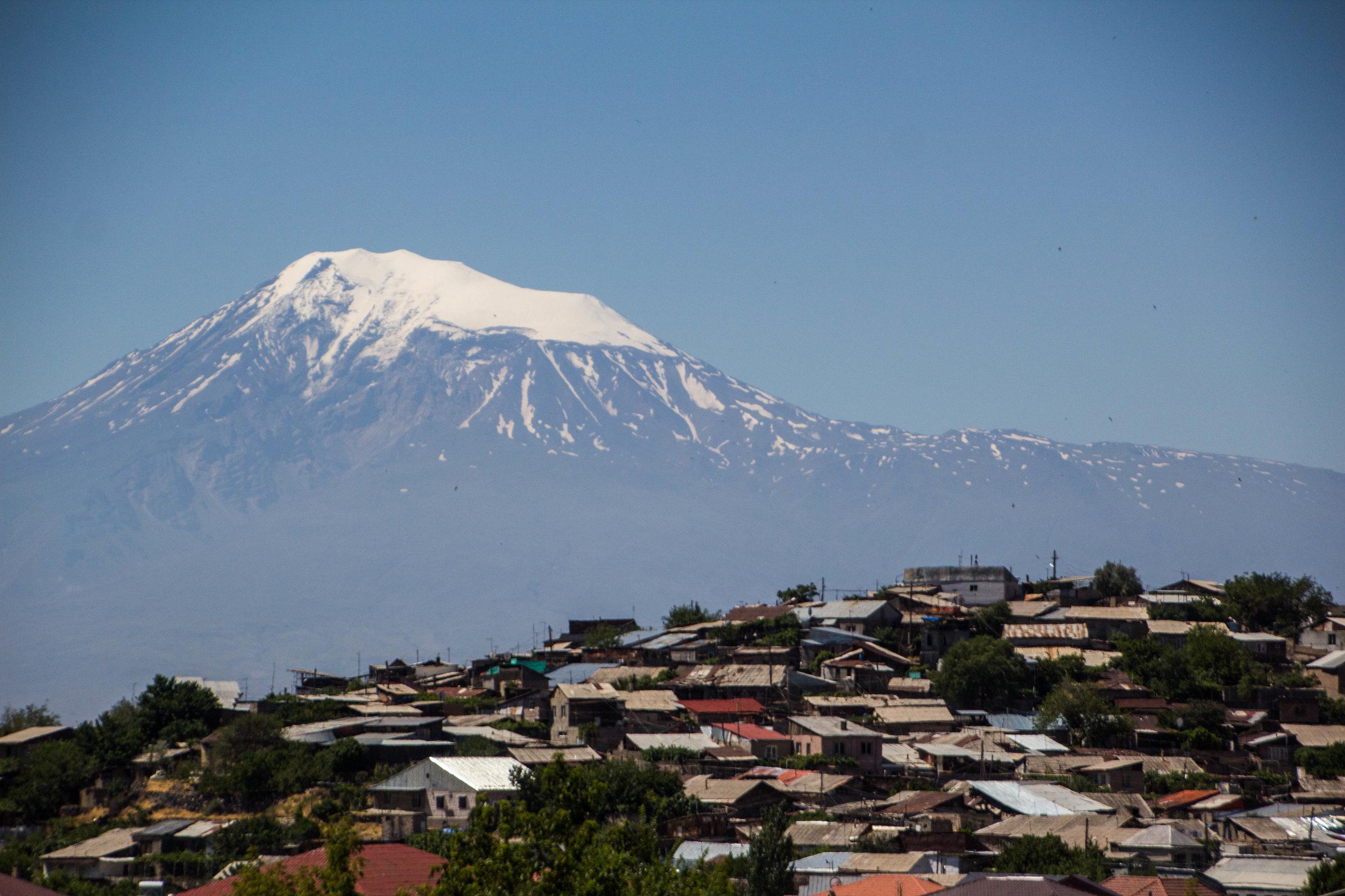 yerevan-armenia-streets-3-24.jpg