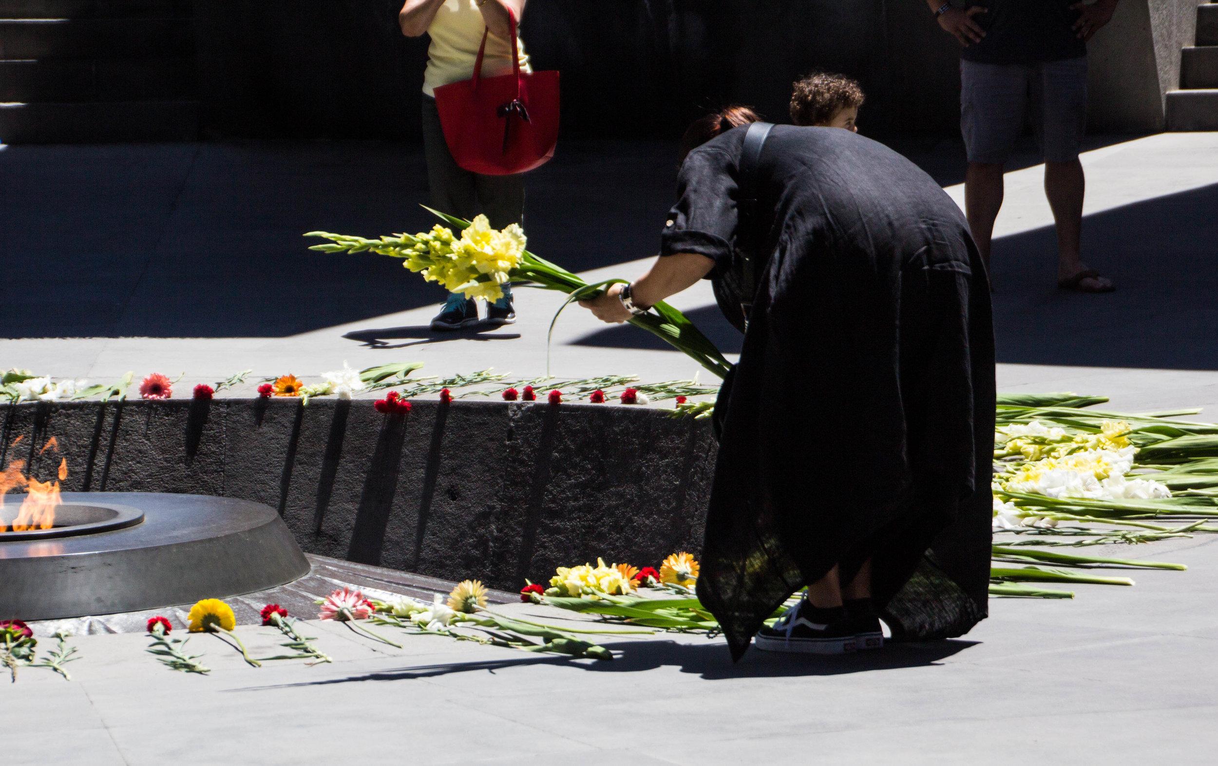 tsitsernakaberd-armenian-genocide-memorial-30.jpg