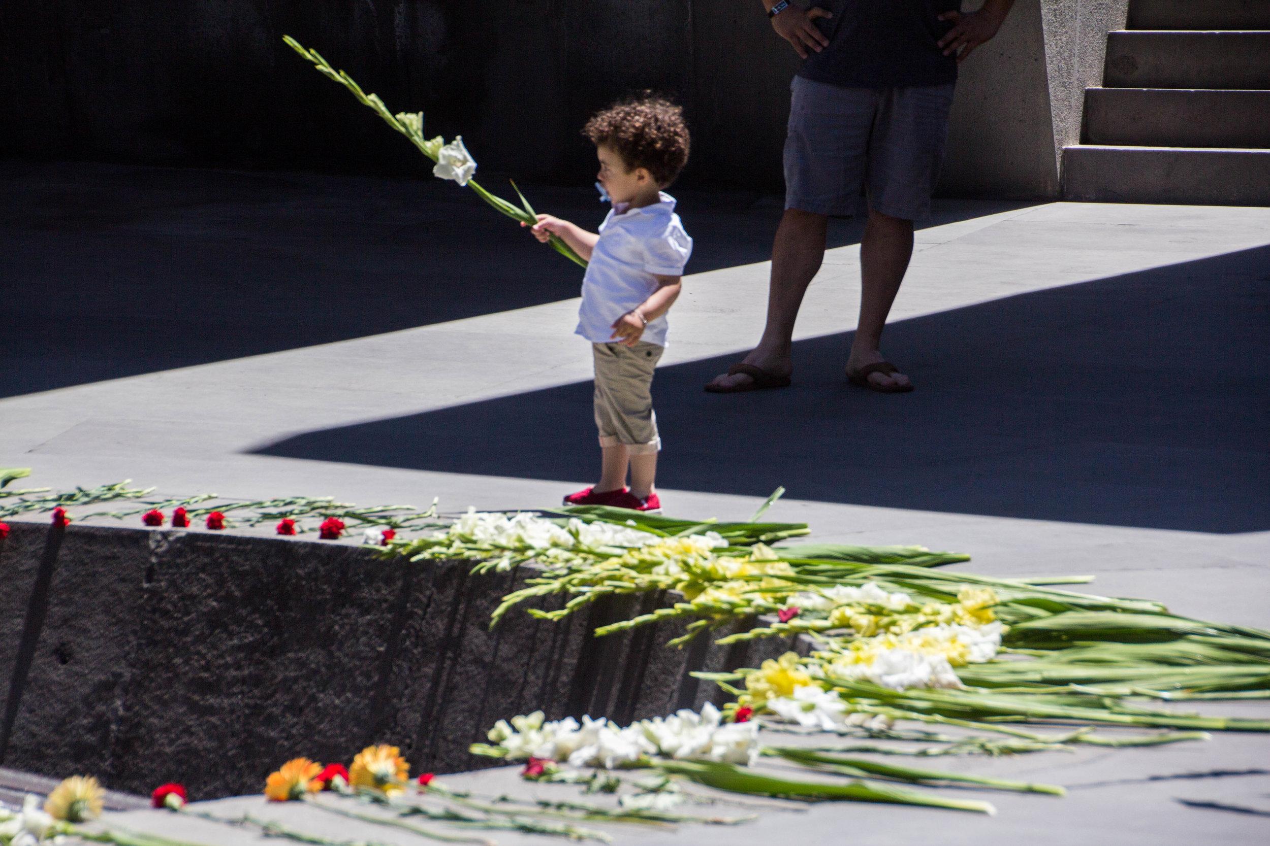 tsitsernakaberd-armenian-genocide-memorial-28.jpg